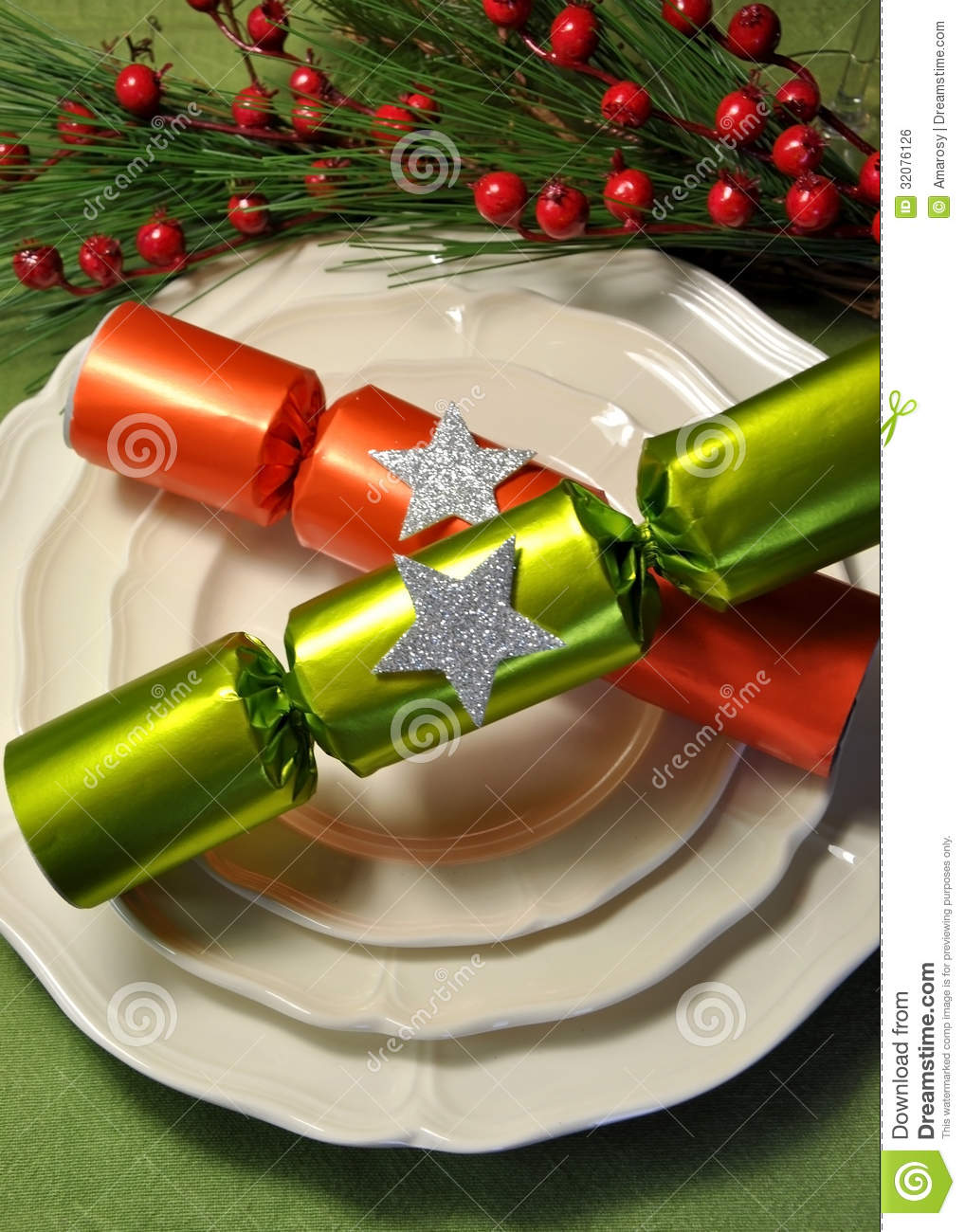 Green Theme Christmas Dining Table Setting With Fine China  : green theme christmas dining table setting fine china plates christmas bon bon crackers decorative festive holly 32076126 from www.dreamstime.com size 1018 x 1300 jpeg 175kB