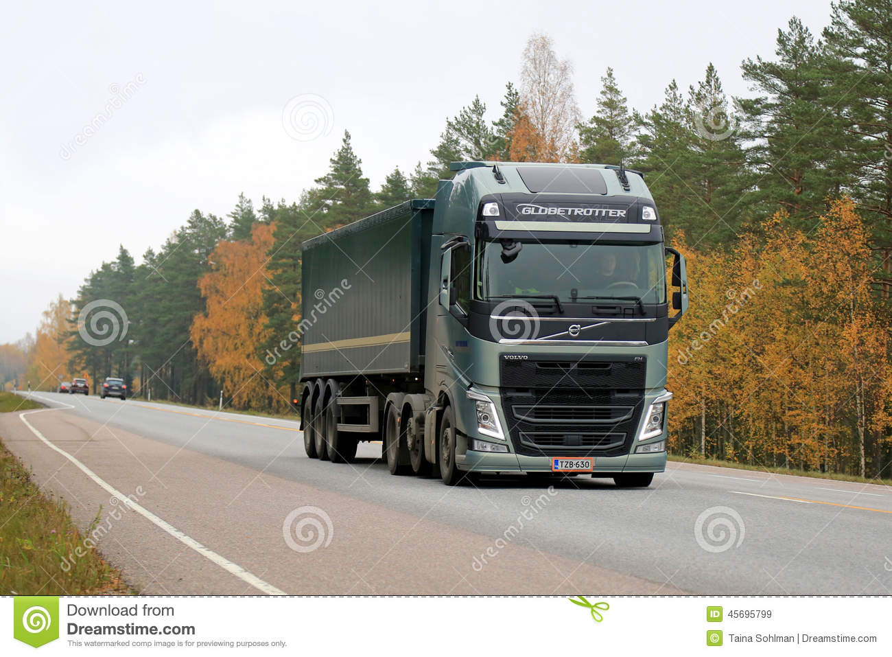 Green Volvo FH Semi Truck On The Road In Autumn Editorial Stock Image - Image: 45695799