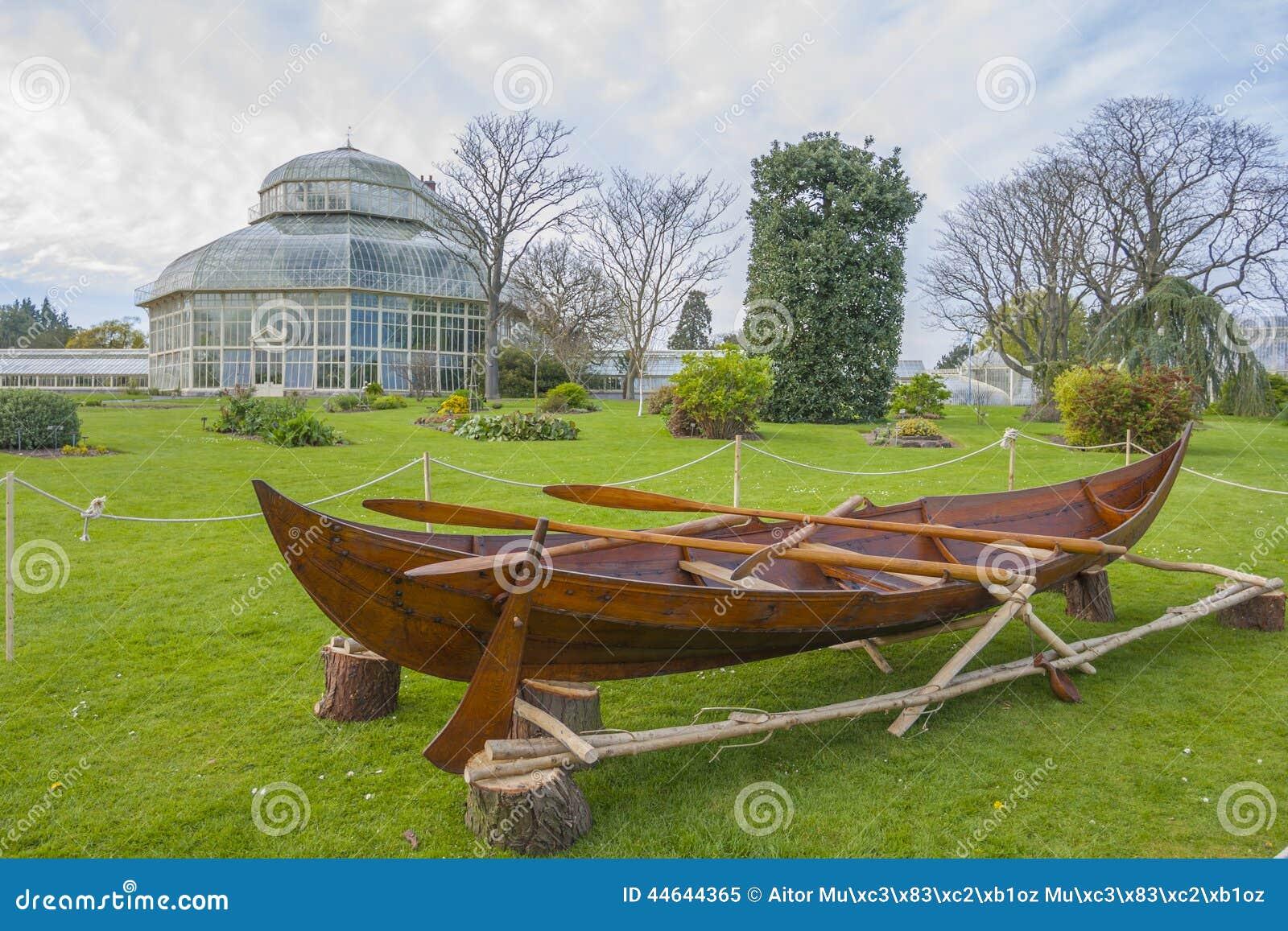 Botanic Dublin Garden ...