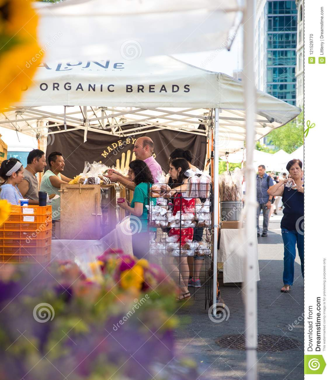 Greenmarket Farmers Market Union Square NYC Editorial Image - Image