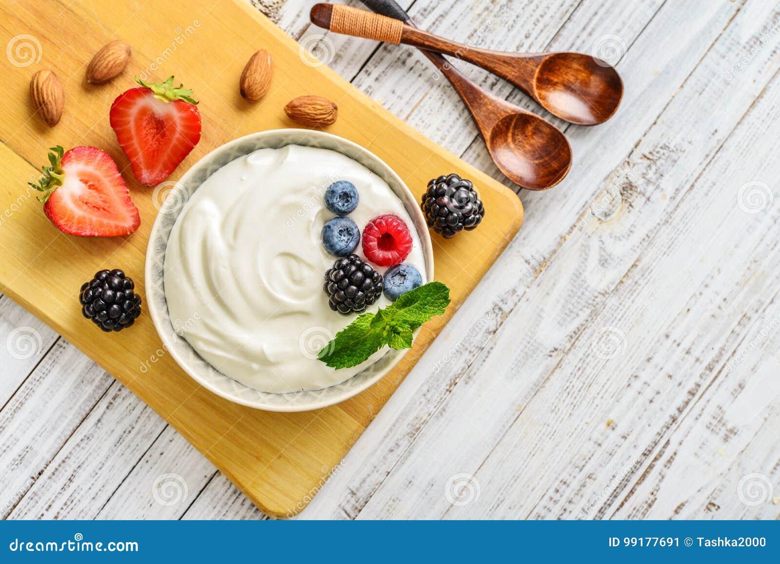 Grekisk yoghurt i bunke