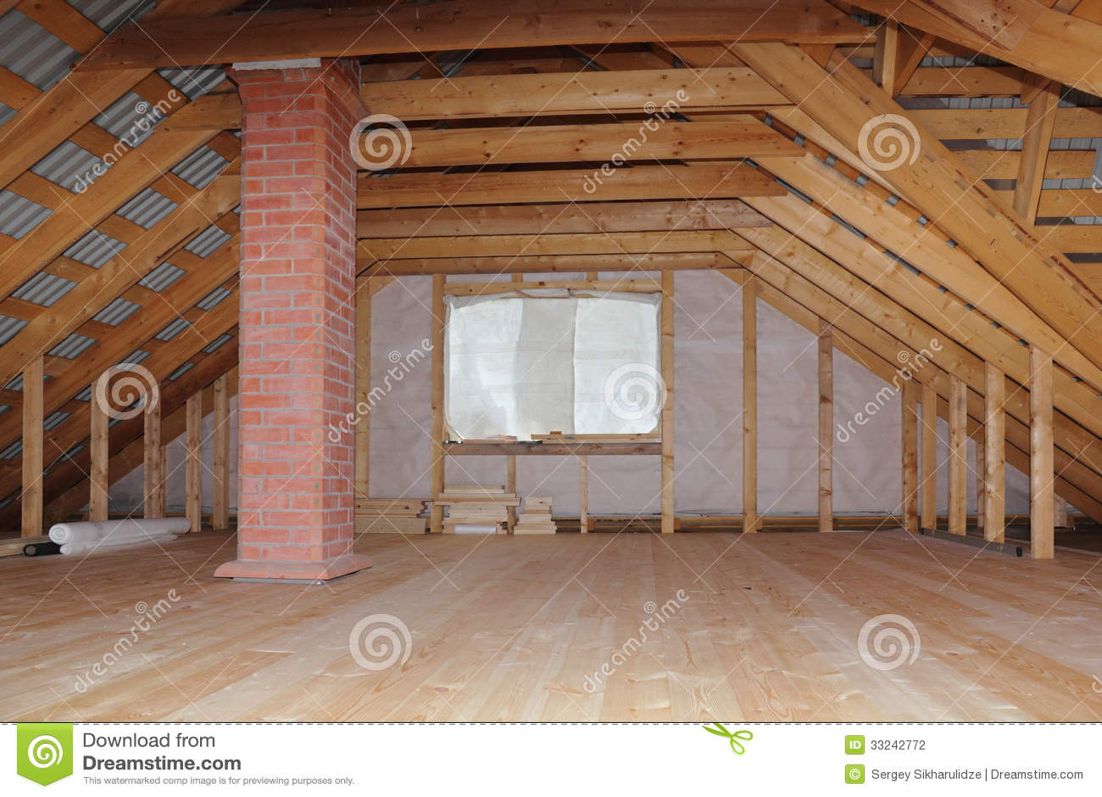 Grenier avec la chemin e dans la vue globale en construction de maison en boi - Construction cheminee interieure ...