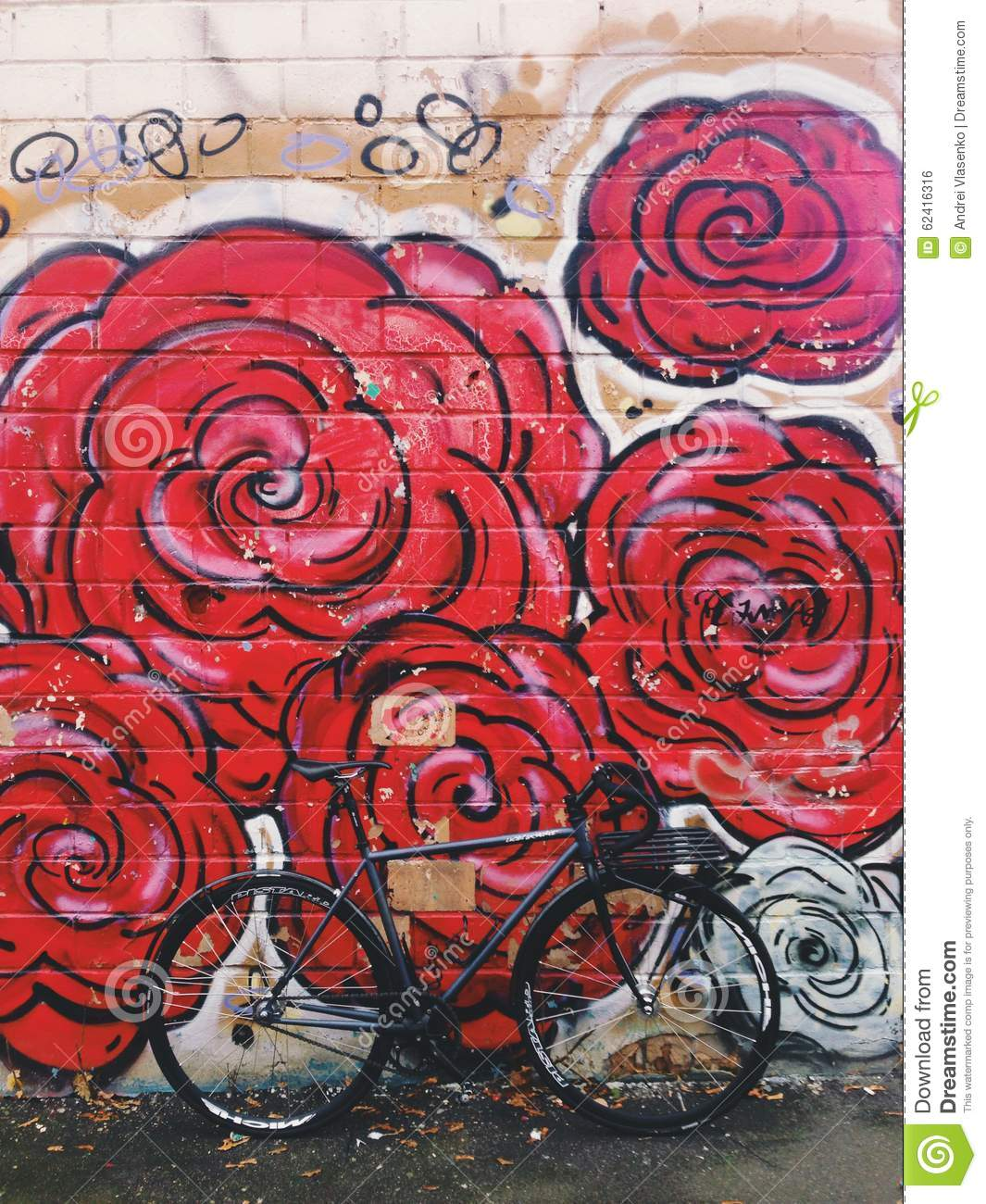 Grafiti wall red - Grey Black Fixie Bicycle In Front Of The Wall With Bright Red Flowers Graffiti