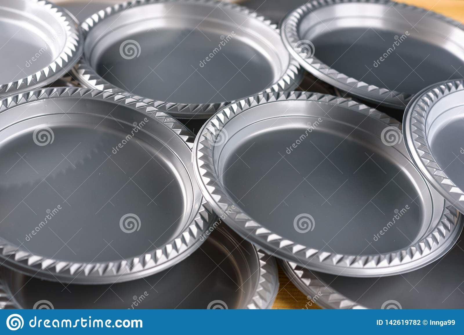 Grey Plastic Party Dinner Plate