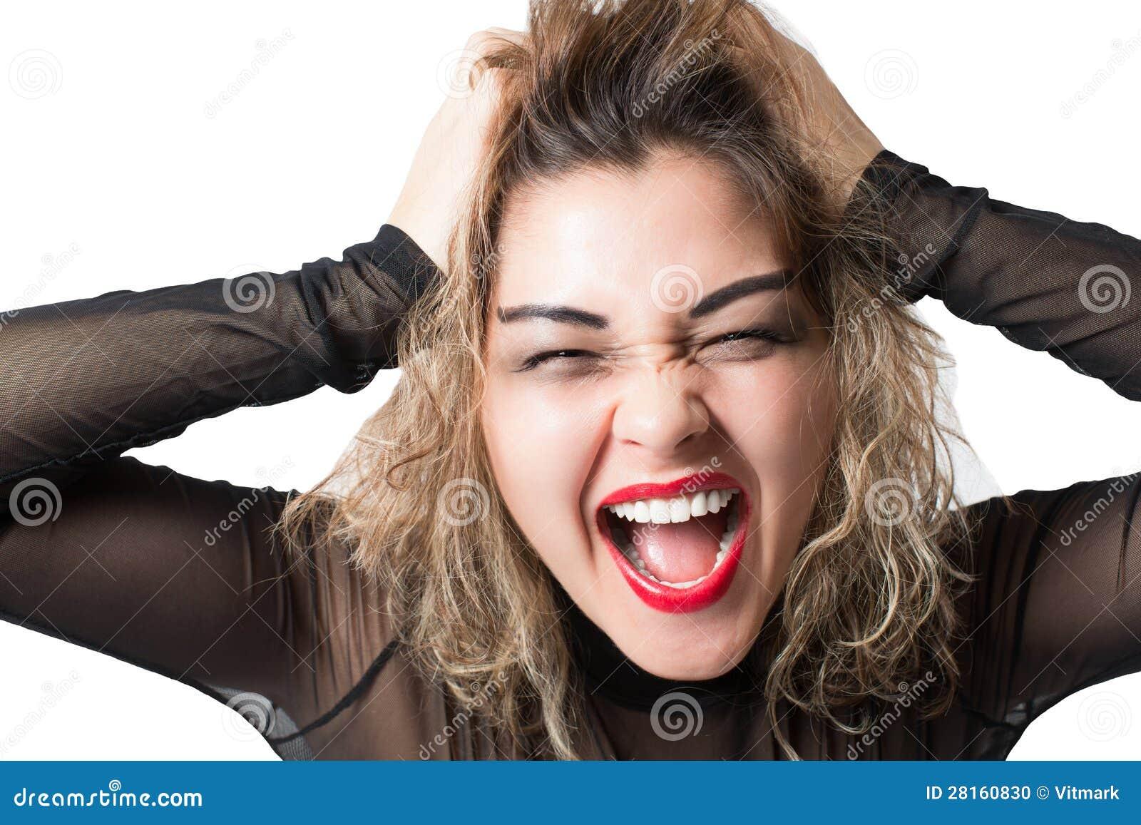 Grido aggressivo appassionato della donna