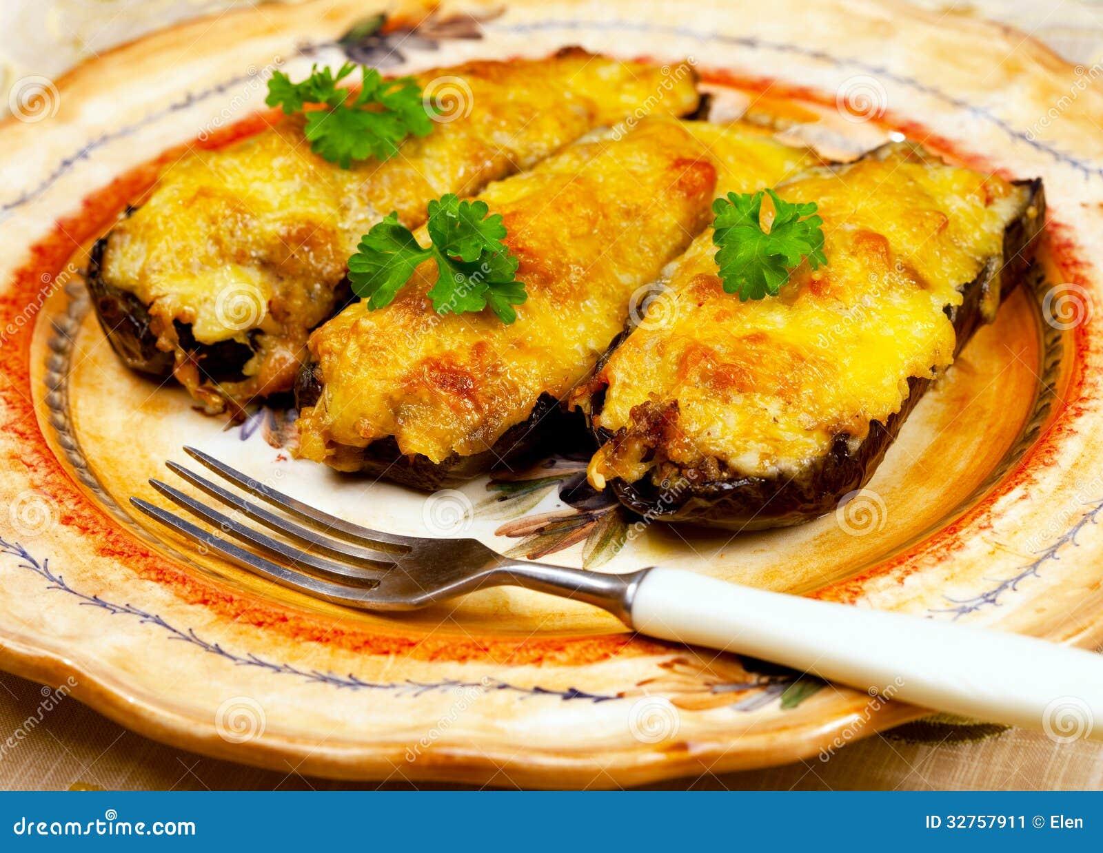 Griechische Küche - Auberginenschuhe Stockbild - Bild von cuisine ...