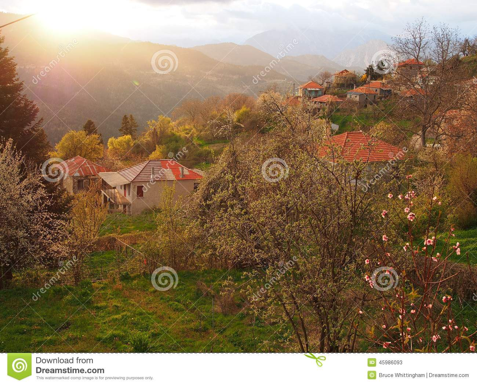 Grieks Bergdorp, Onweerslicht