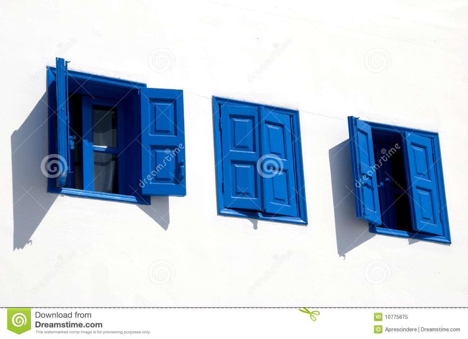 Griekse blauwe vensters