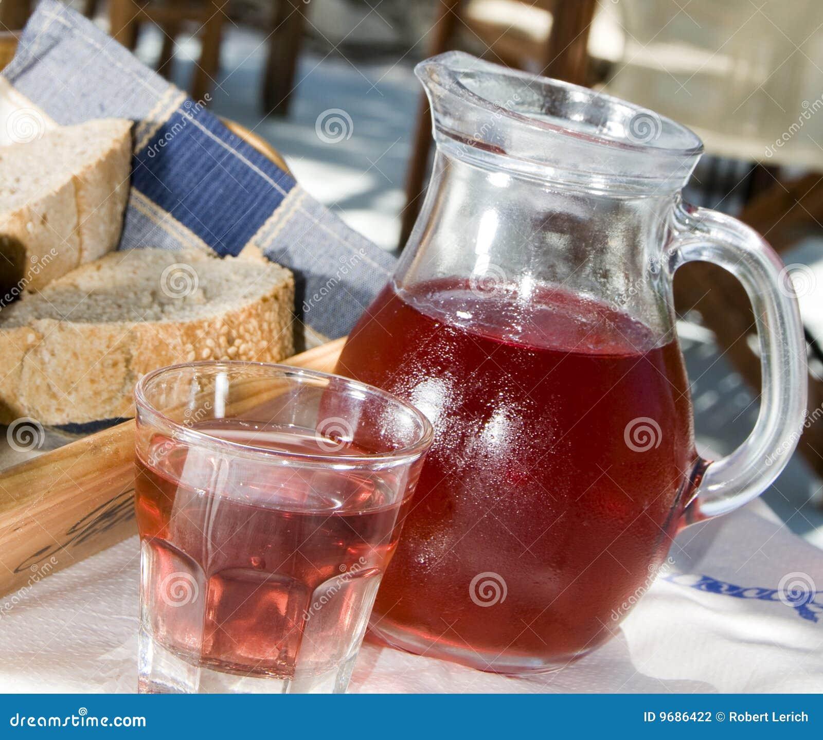 Griekse taverna van het wijn knapperige brood