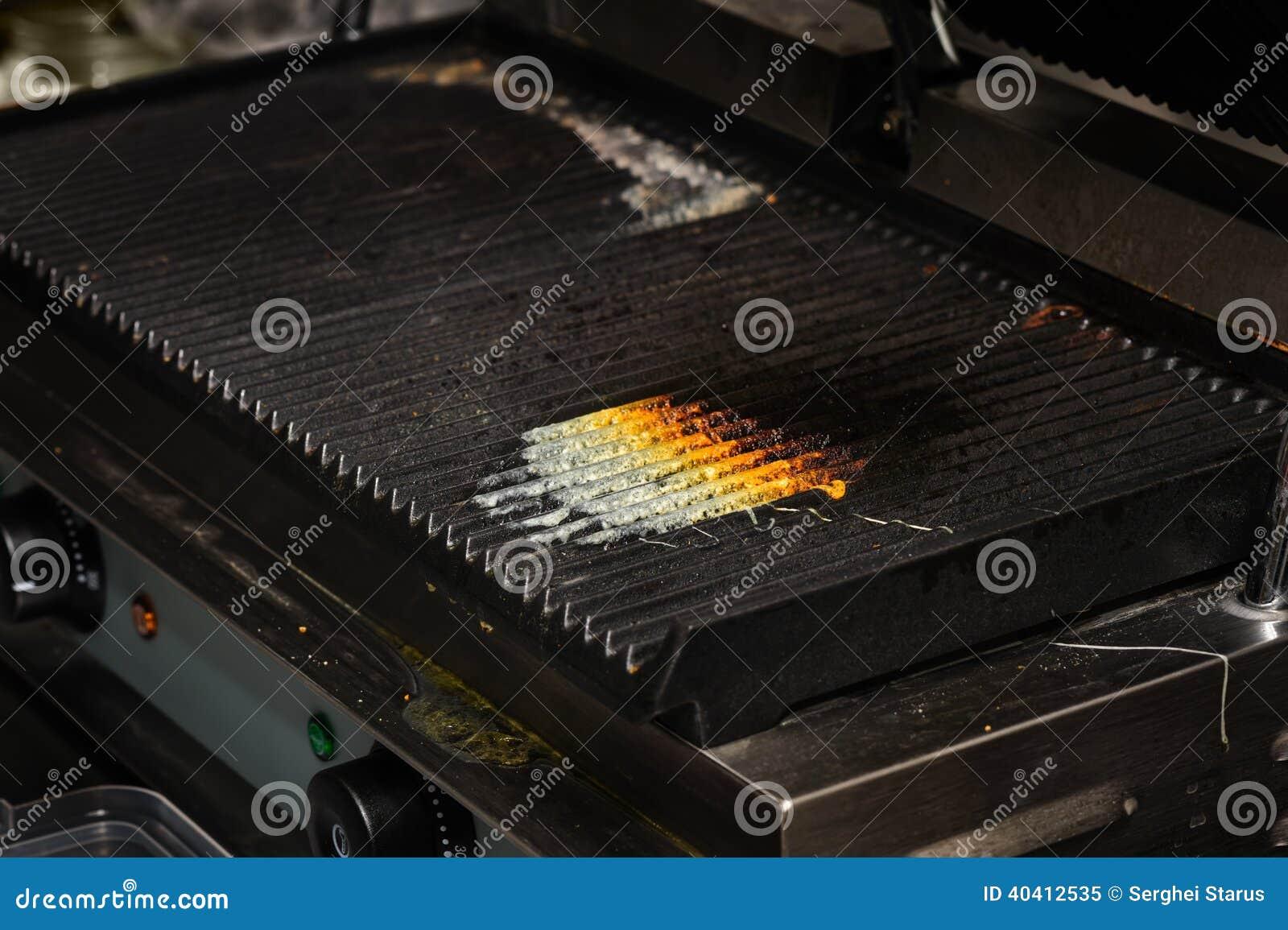 griglia sporca della cucina