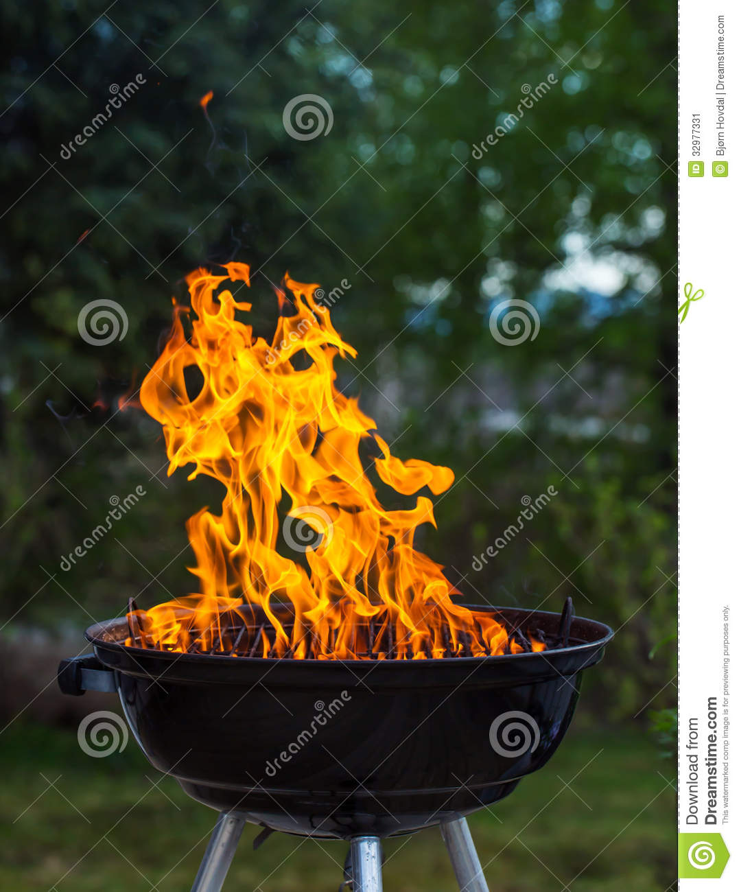 Grill in flames
