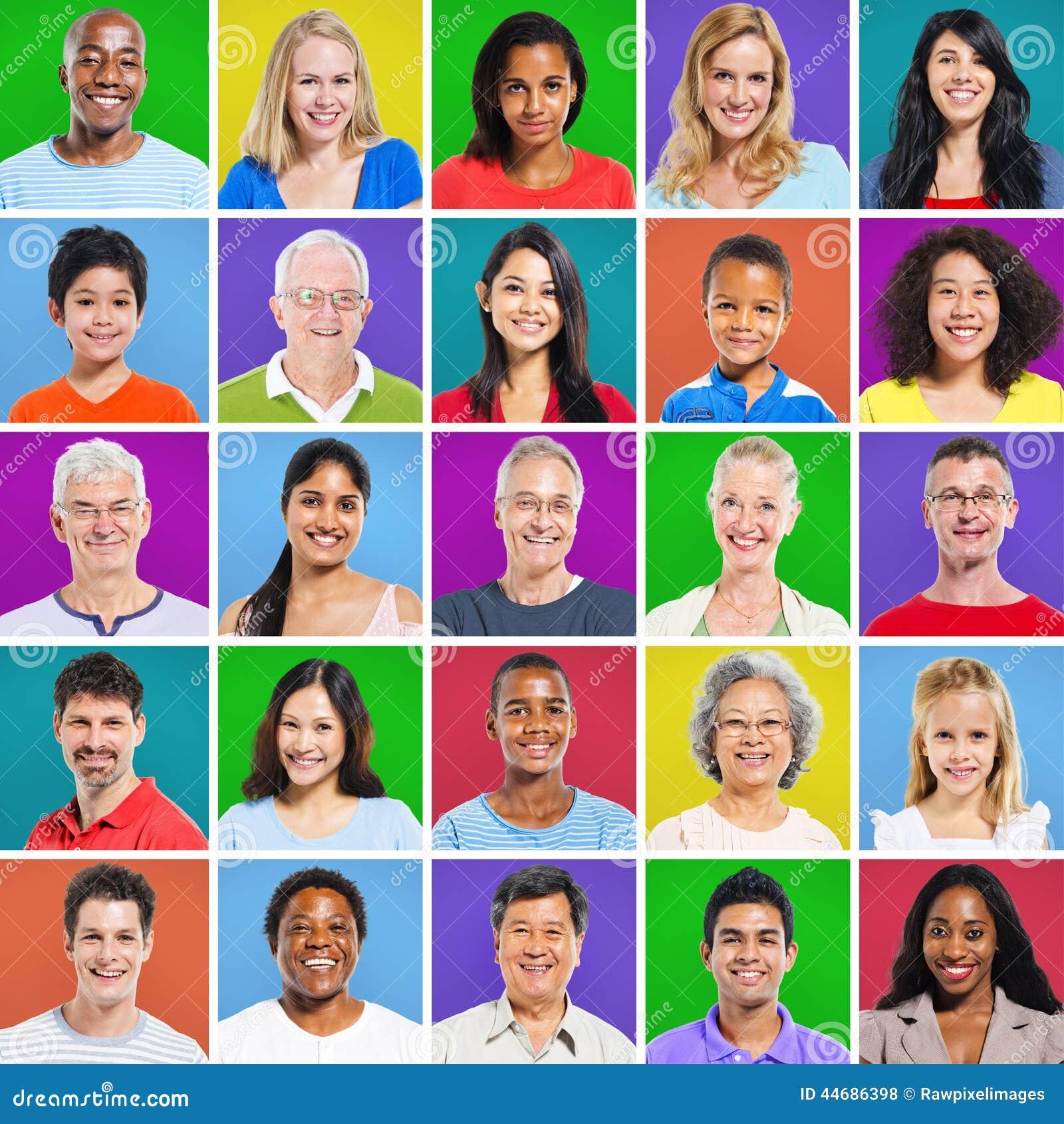 Grille 5 x 5 colorée avec des expressions du visage