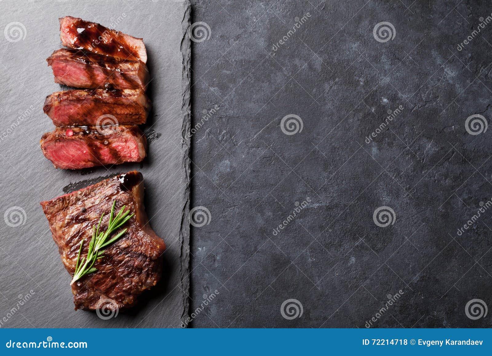 Grilled отрезало стейк говядины