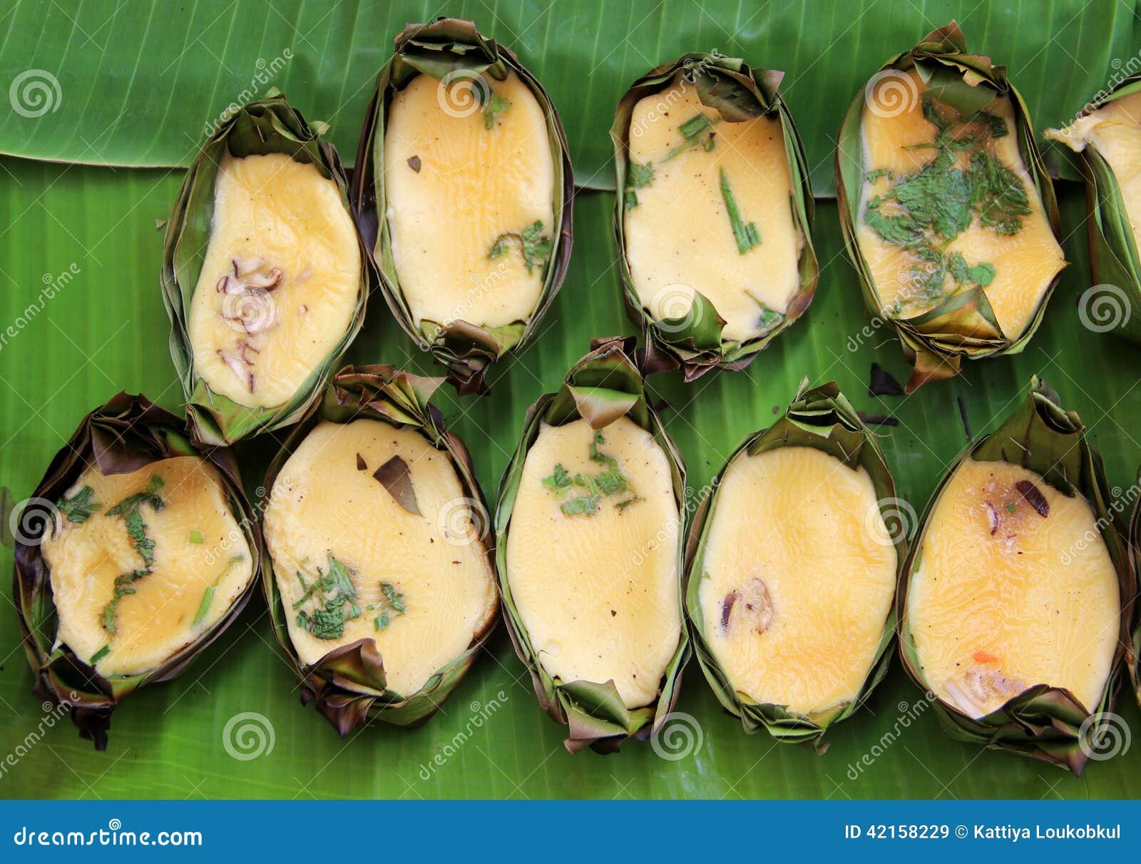 grilled eggs in banana leaf joist tradition thai food. Black Bedroom Furniture Sets. Home Design Ideas