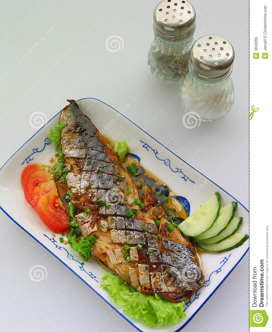 Grilled fish royalty free stock photo image 3653265 for Fish and veggie diet