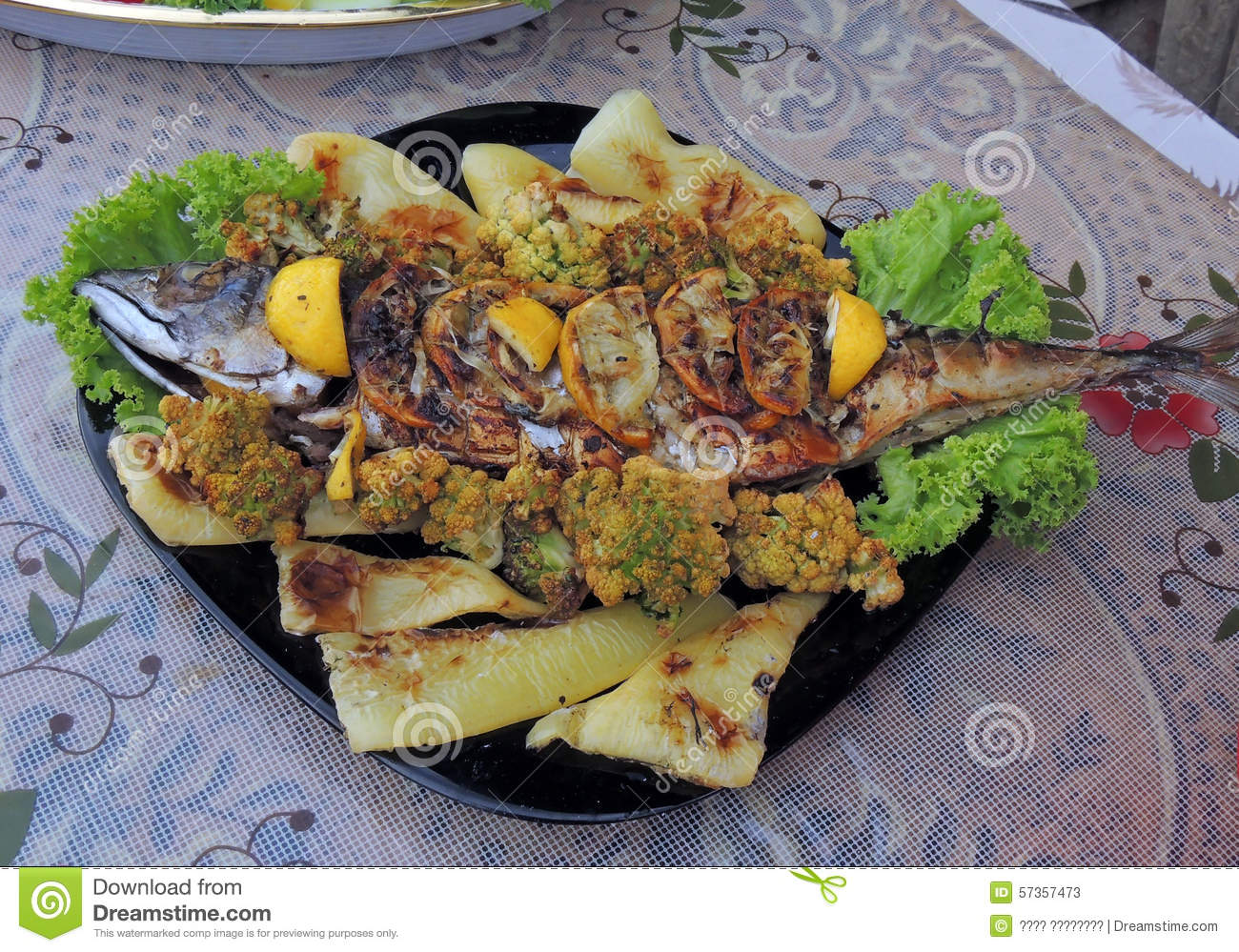 Grilled fish with vegetables stock photo image 57357473 for Fish with vegetables