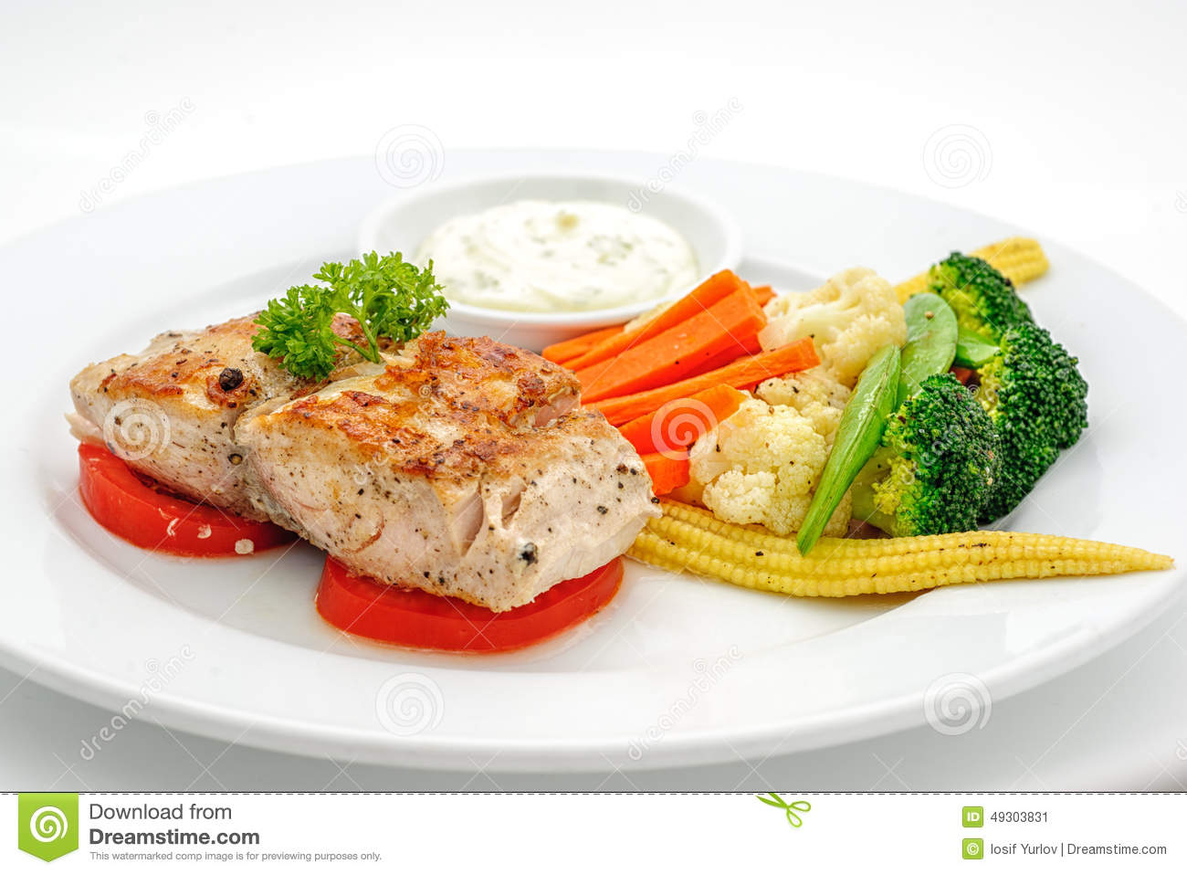 Grilled fish with vegetables stock photo image 49303831 for What vegetables go with fish