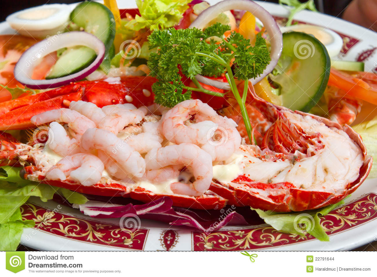 Grilled Lobster And Fresh Shrimps Stock Images - Image ...