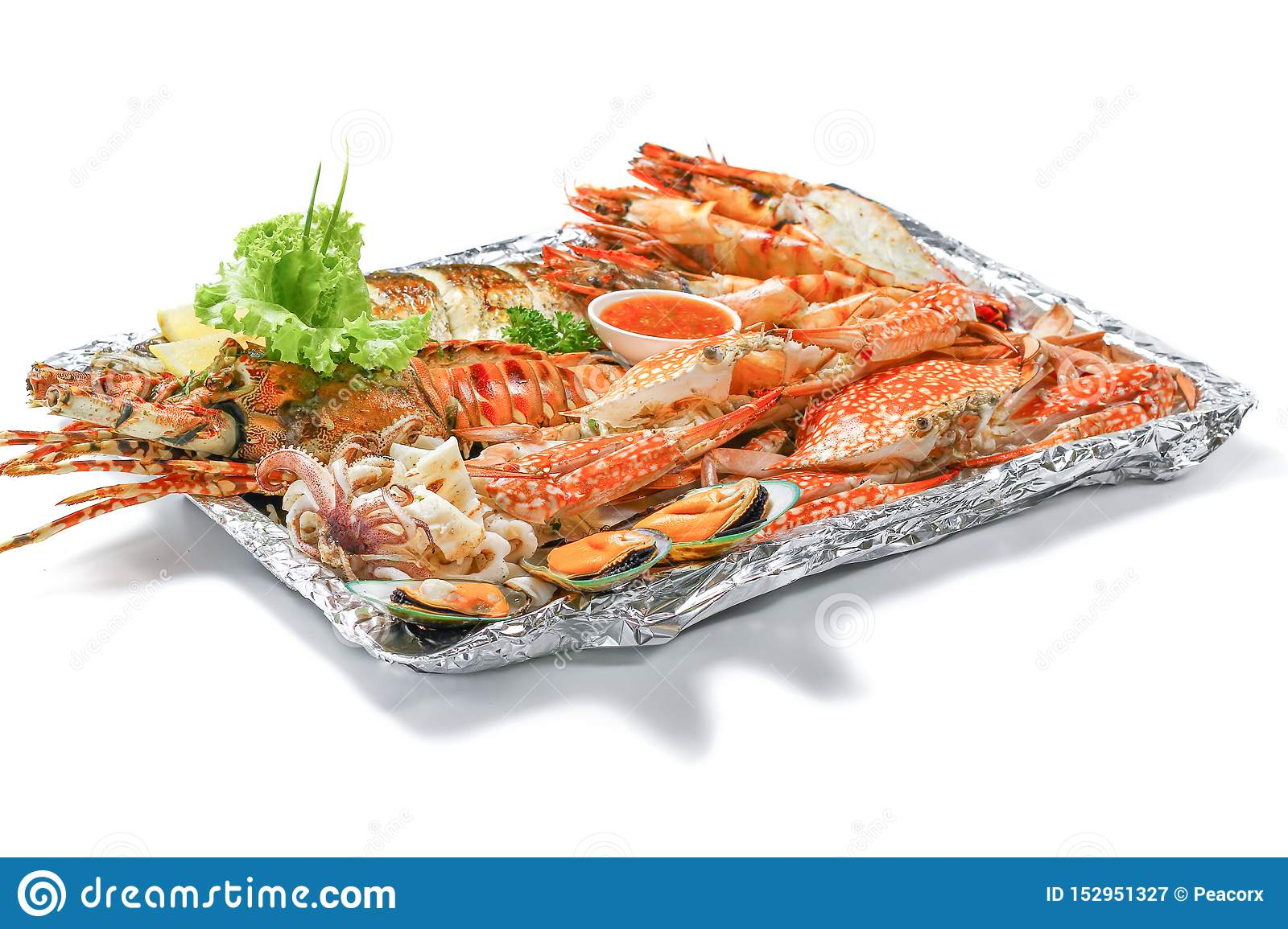 Grilled Mixed Sea-food Platter Set Contain Lobster, Fish