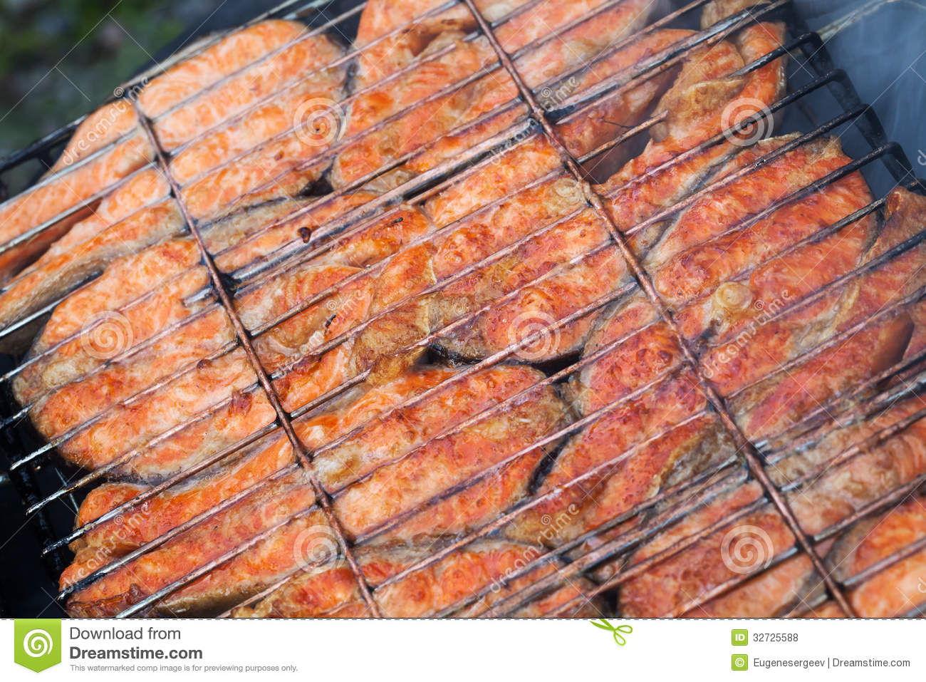 Grilled Salmon Fish Steaks Royalty Free Stock Photos - Image: 32725588