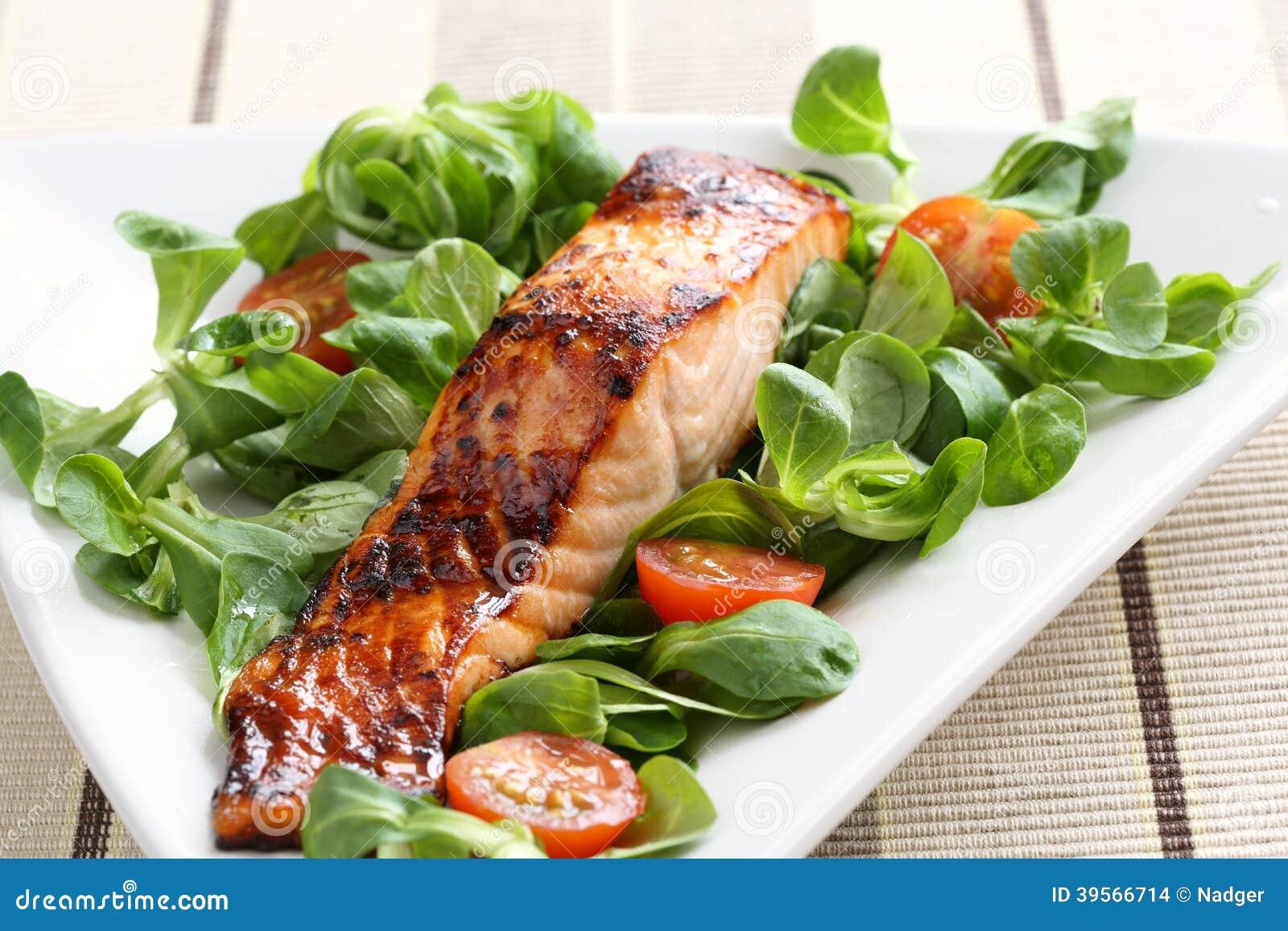 Grilled salmon with honey glaze
