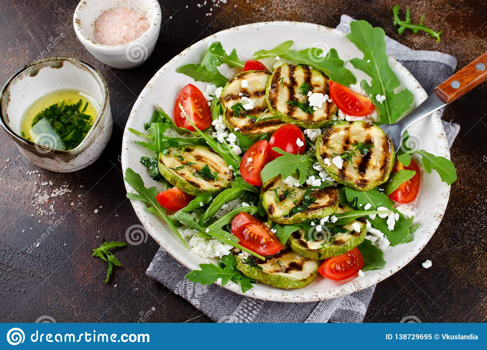 Grilled Zucchini With Arugula, Tomatoes And Cottage Cheese ...