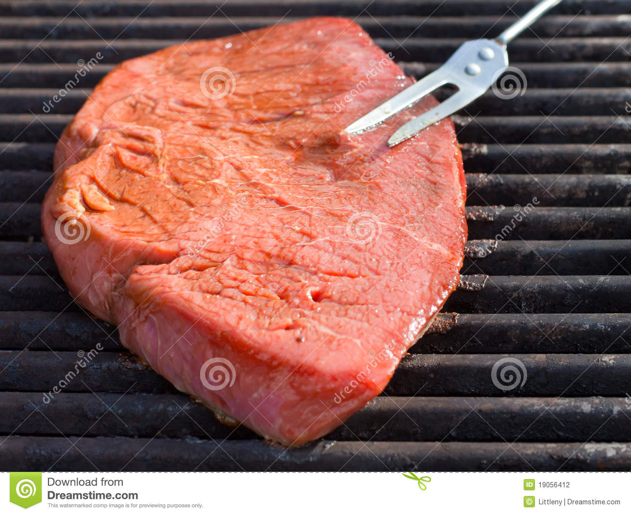 how to cook steak on gas grill