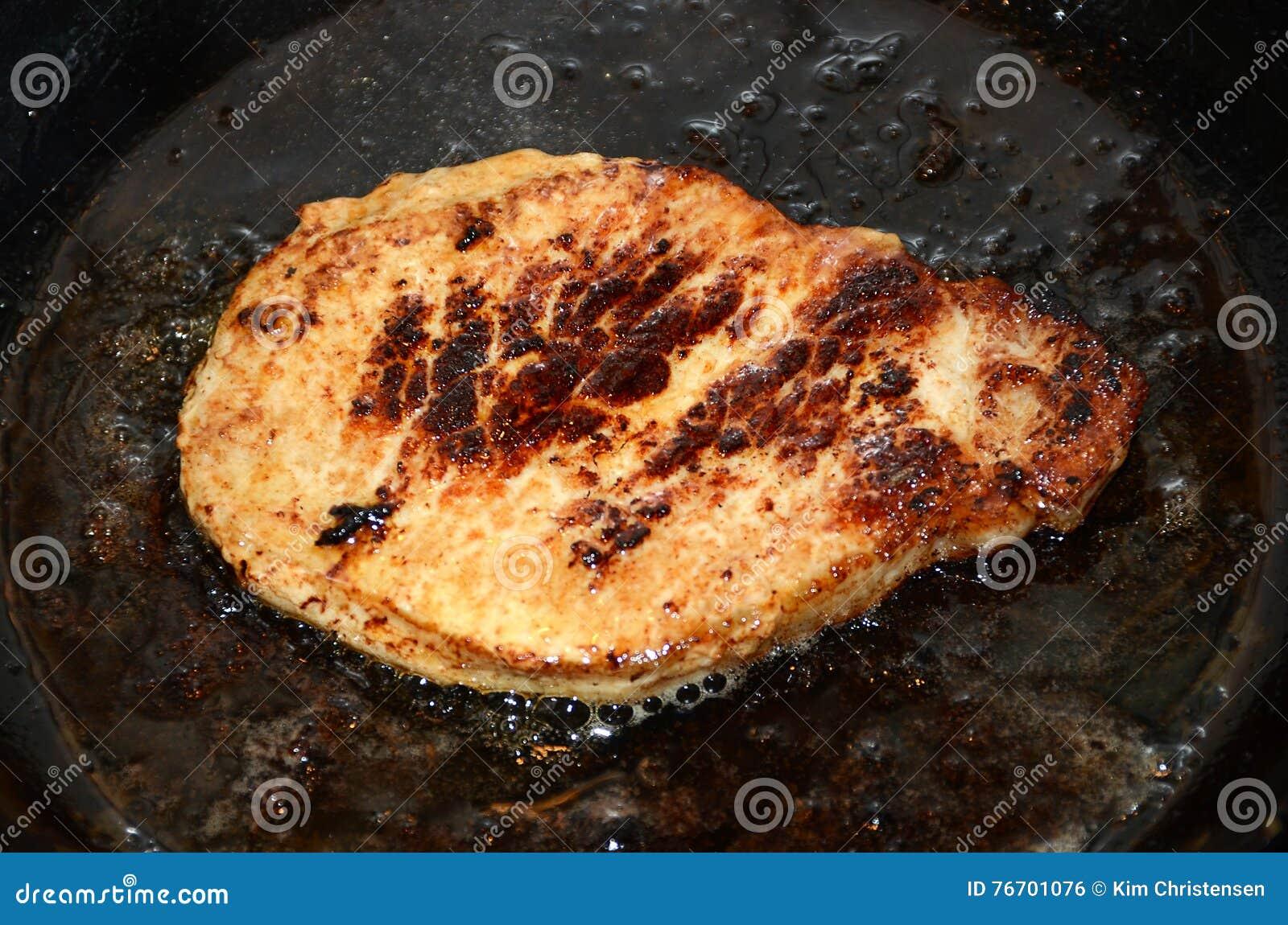 Griskött på pannan