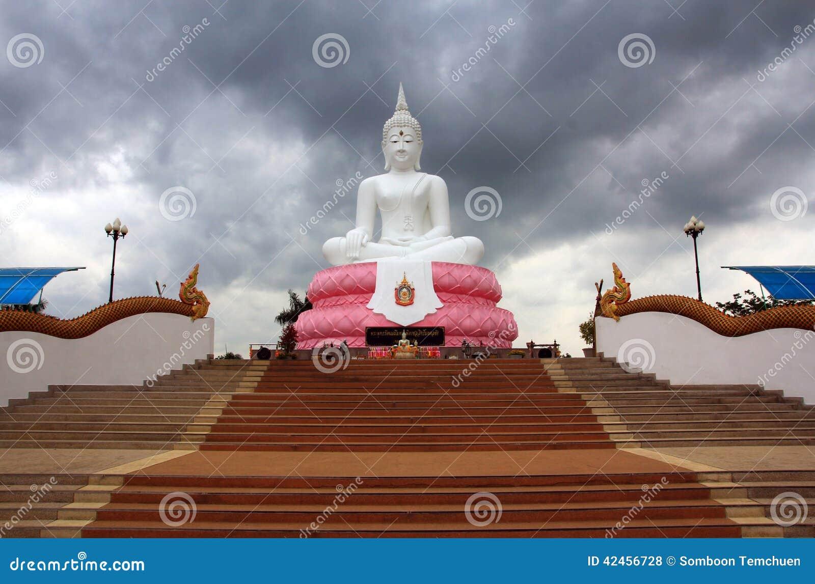 Großartiger Buddha