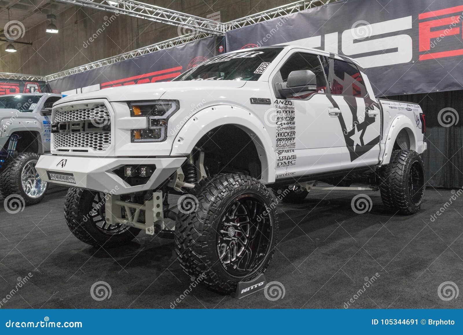 Große LKW-Gewohnheit auf Anzeige während LA Automobilausstellung