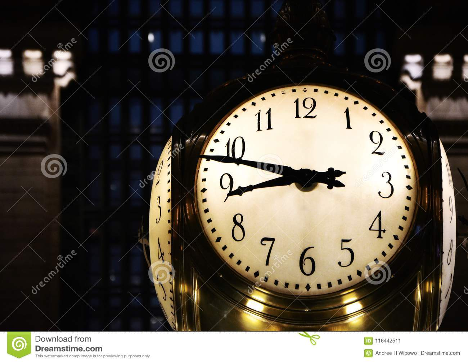 Große Uhr in New- York` s Grand Central Station
