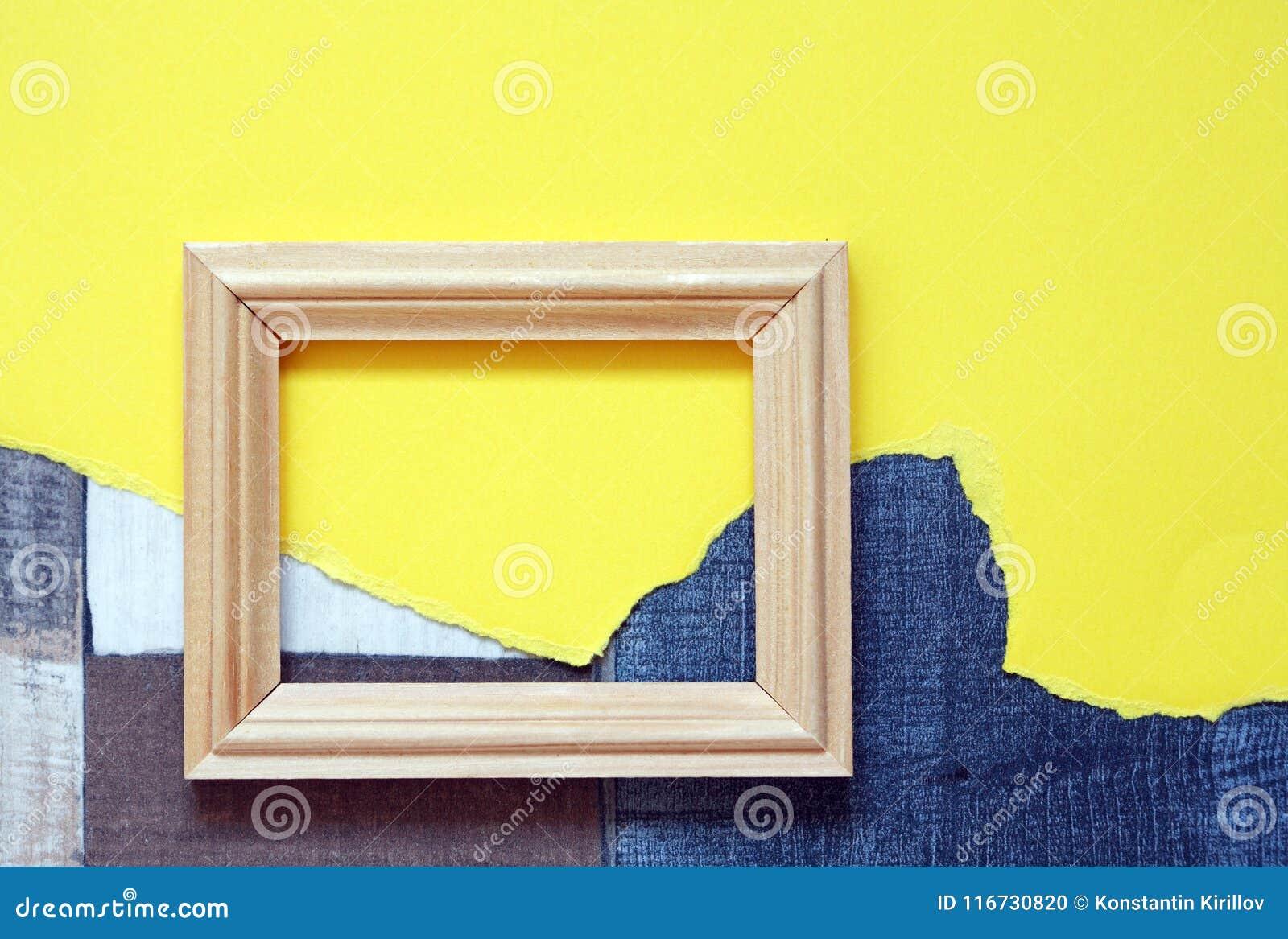 Großer Holzrahmen stockfoto. Bild von papier, zusammenströmen ...