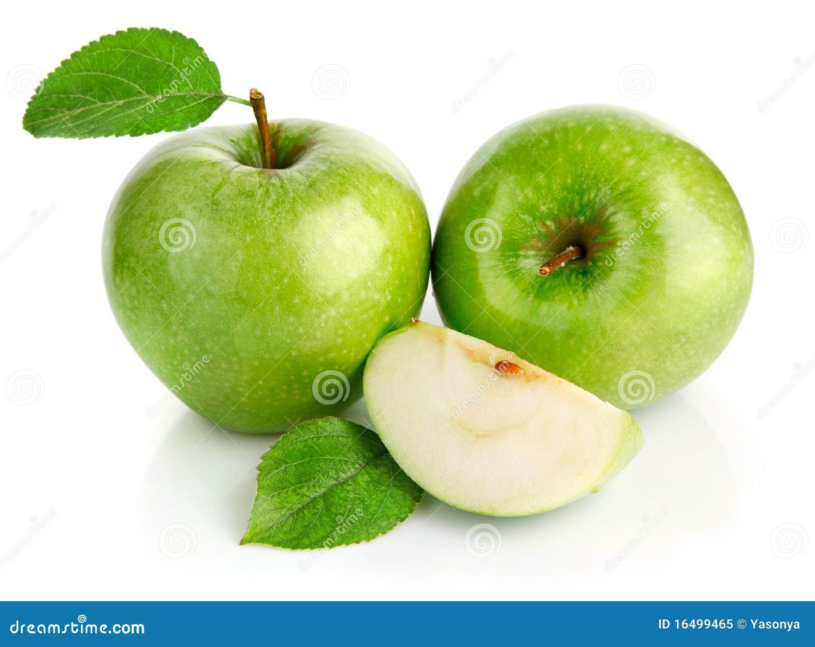 Groene appelvruchten met besnoeiing