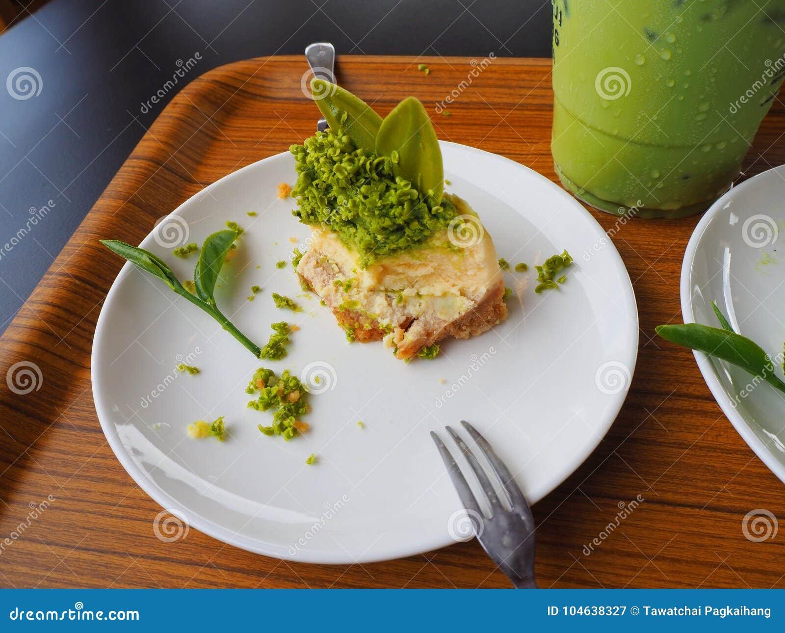 Download Groene cake stock afbeelding. Afbeelding bestaande uit plak - 104638327
