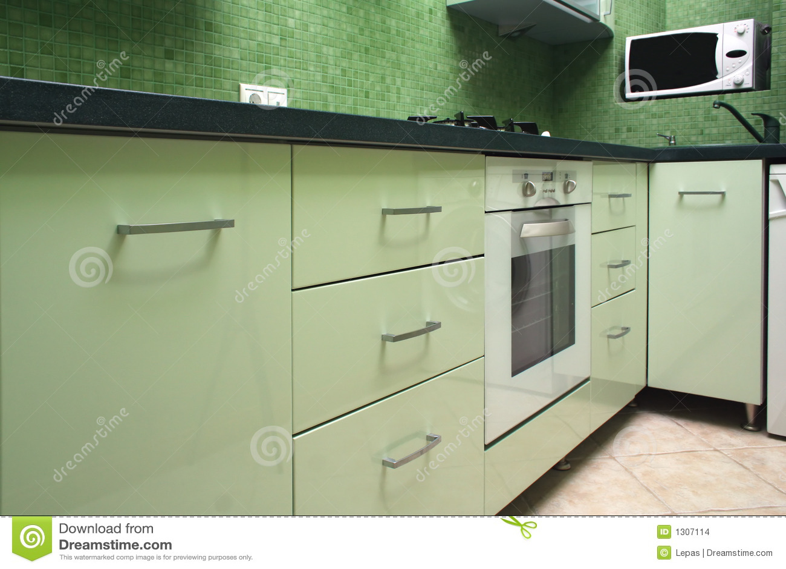 Groen Glas Keuken : Groene Keuken Stock Afbeeldingen Afbeelding 1307114
