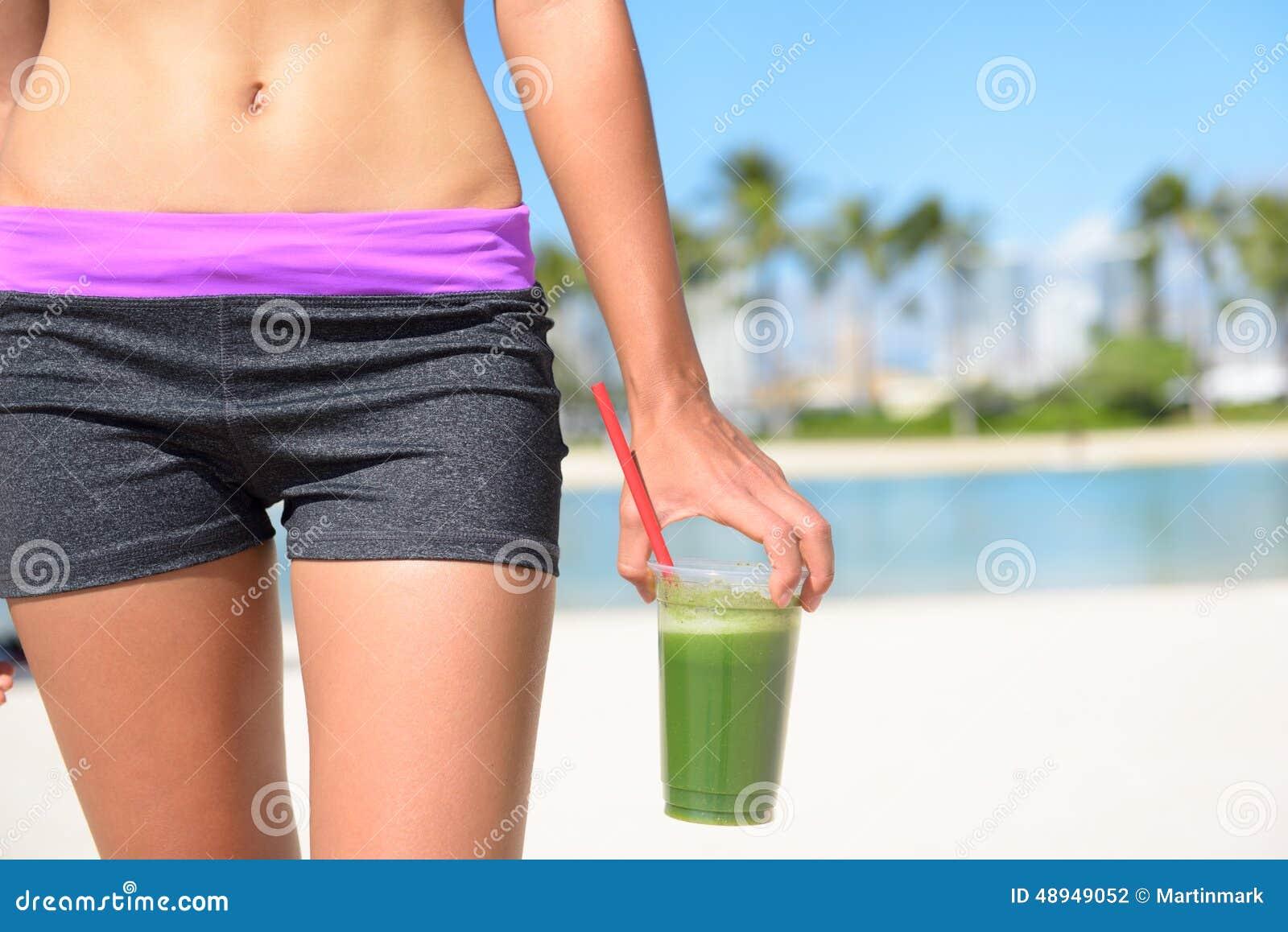 Groene plantaardige smoothie - Gezonde levensstijl