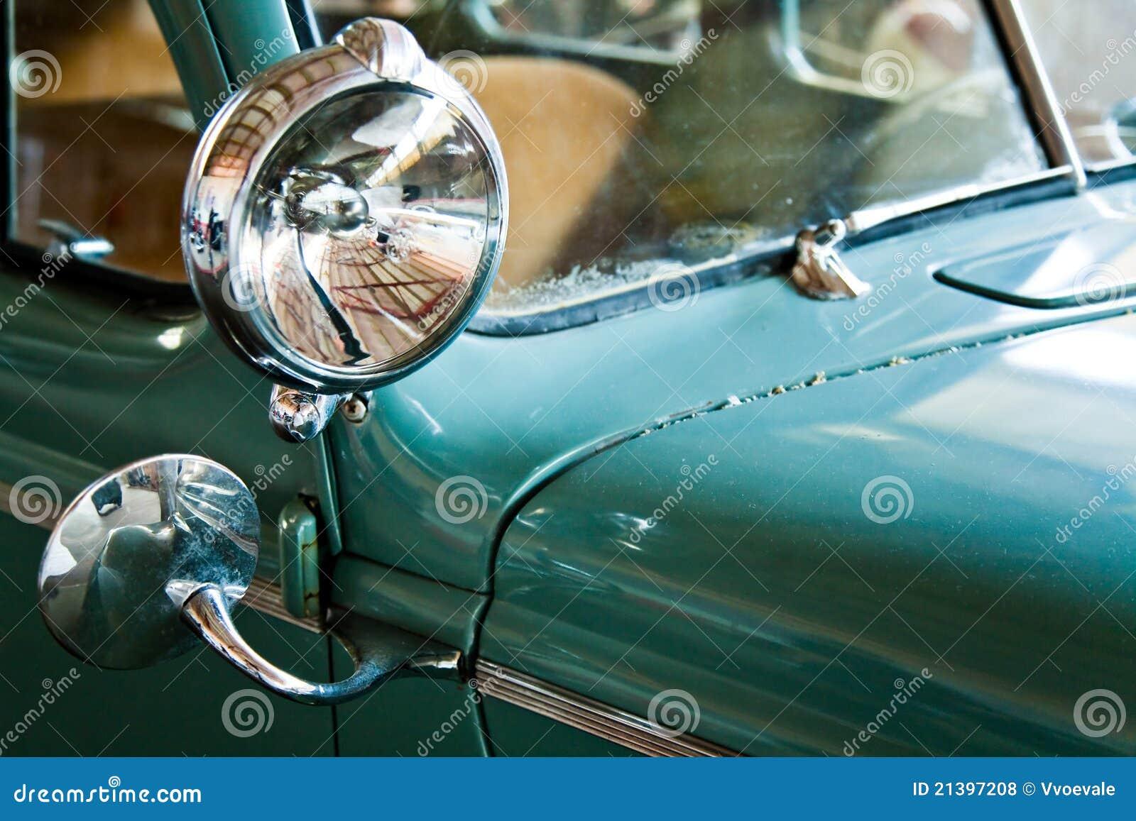 Groene retro auto