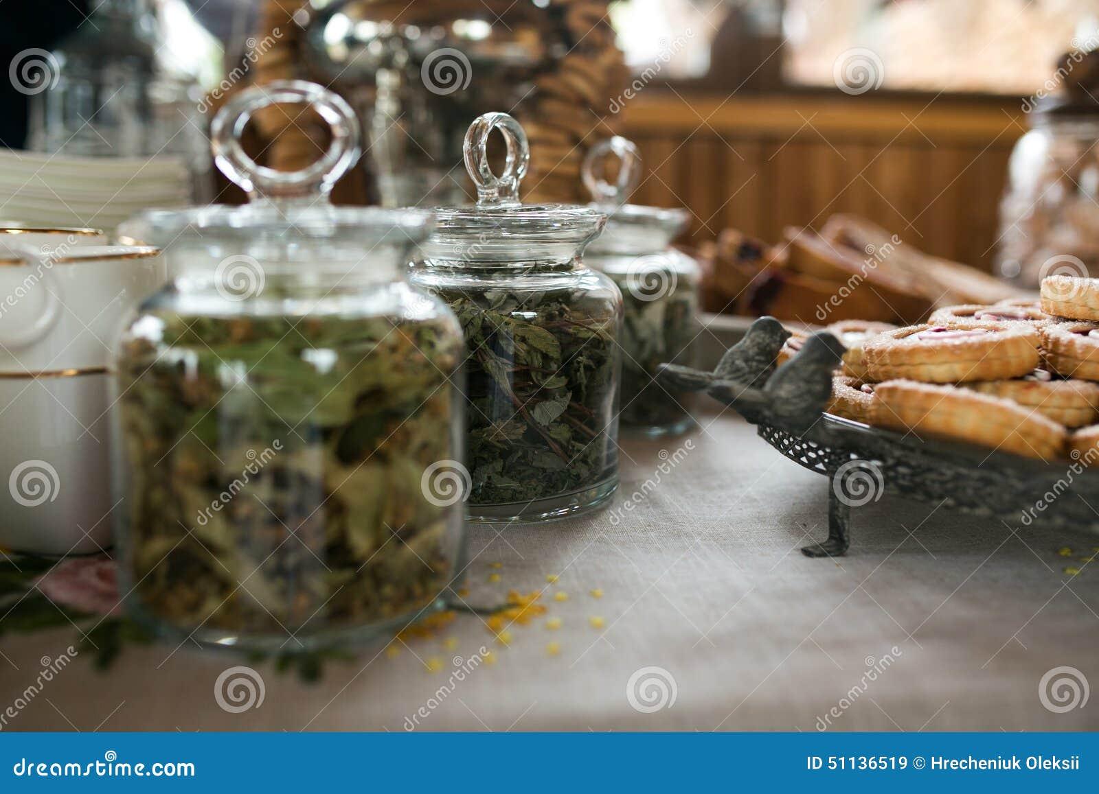 Groene thee en koekjes