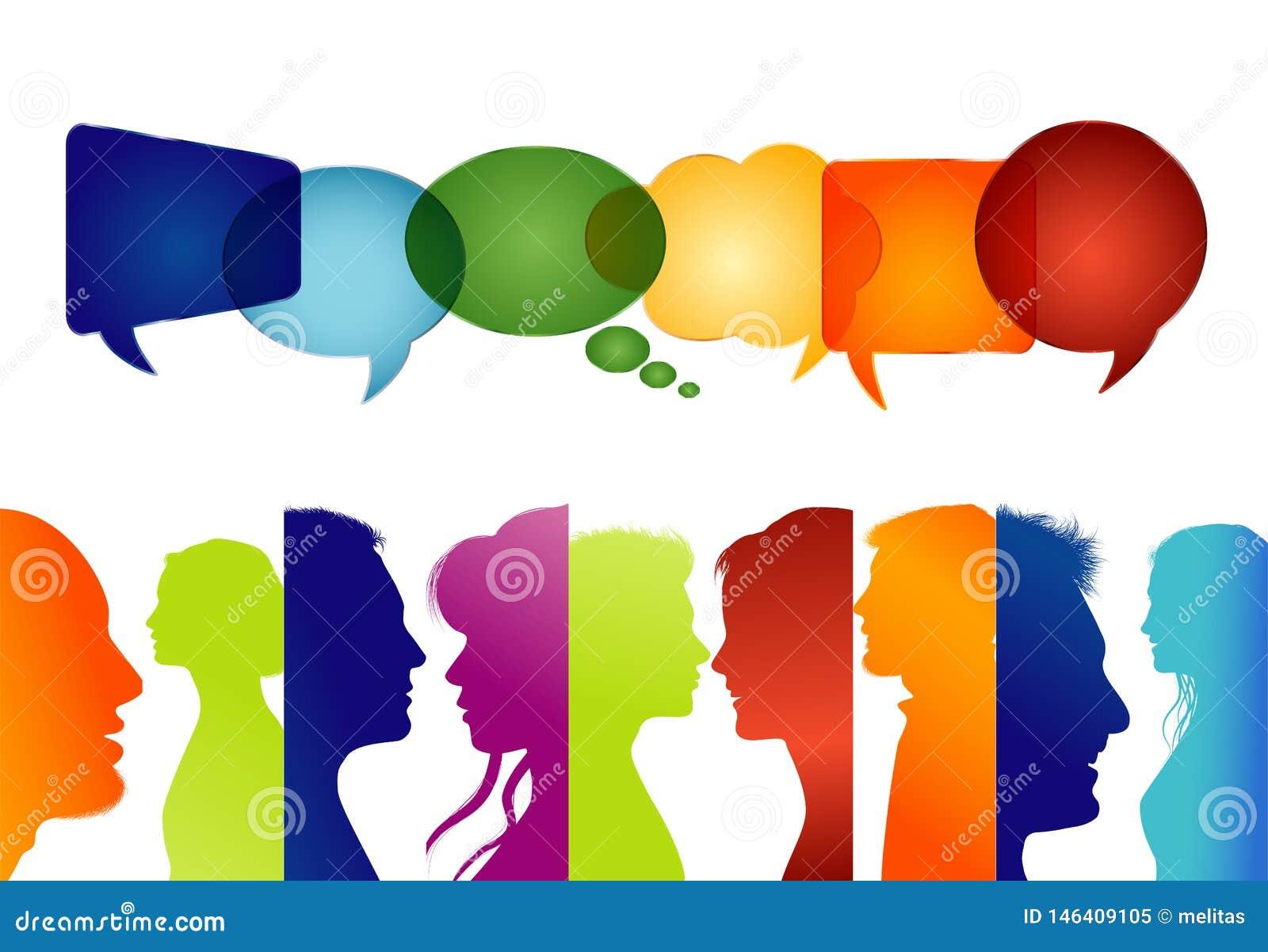 Groep geïsoleerde mensen in profiel gekleurd silhouet De Bel van de toespraak Het spreken van mensen Communiceer in sociale media