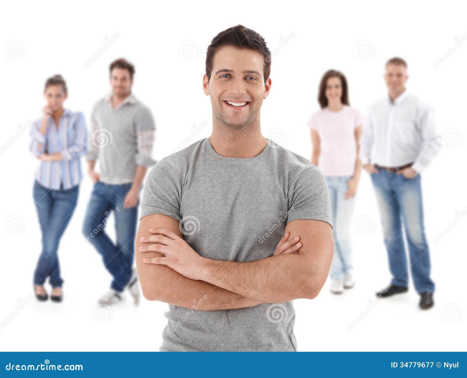 Groep gelukkige jongeren