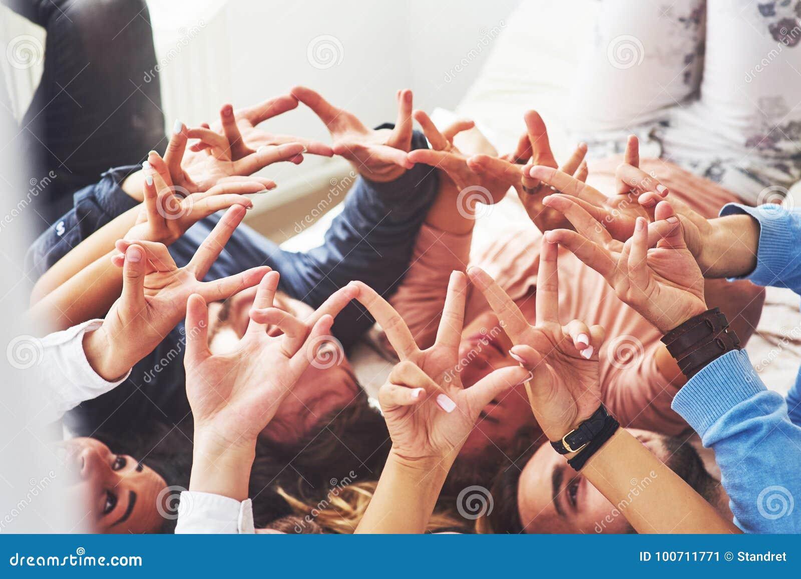 Groep het Diverse Multi-etnische Concept van het Mensengroepswerk