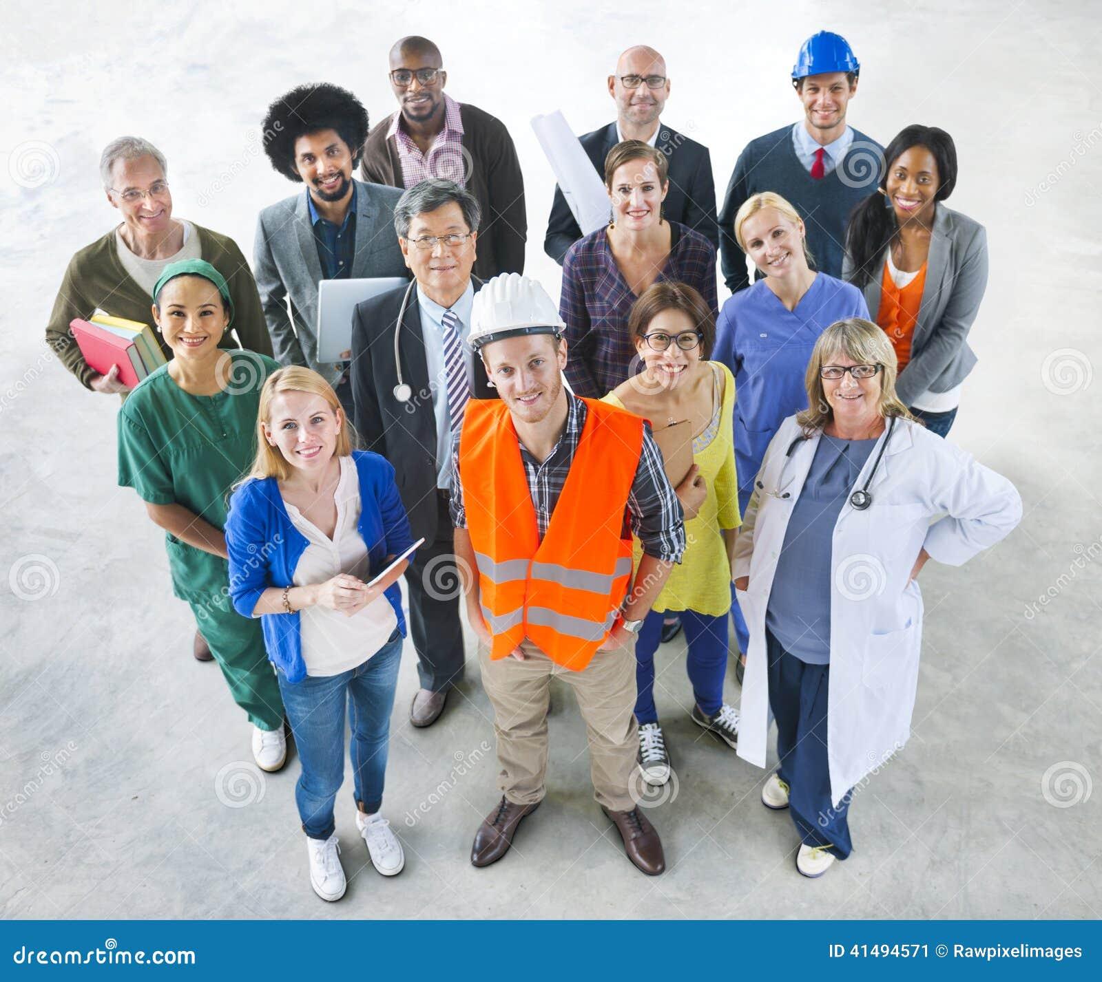 Groep Multi-etnische Diverse Mensen met Verschillende Banen