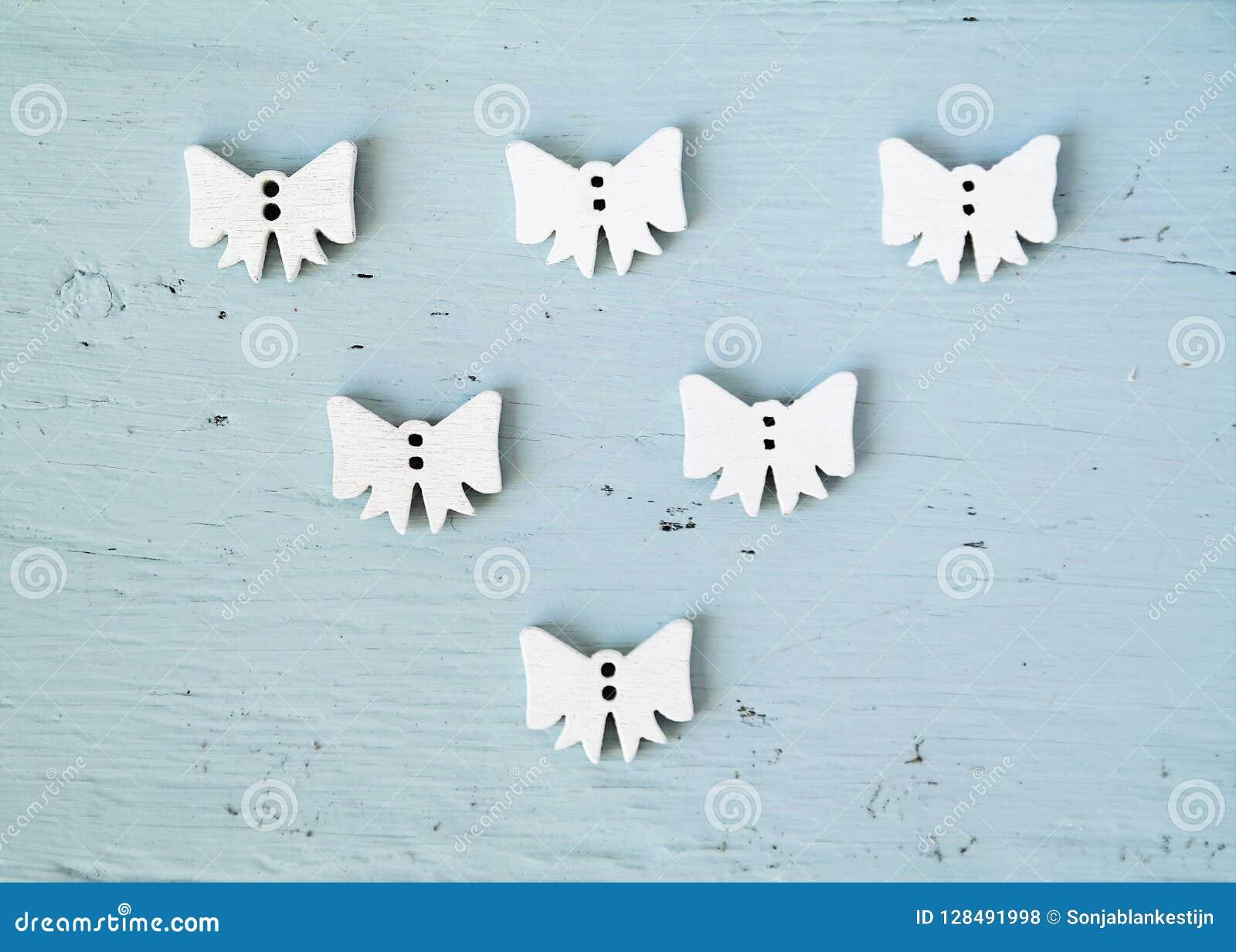 Groep witte bogen of engelen, Kerstmisconcept
