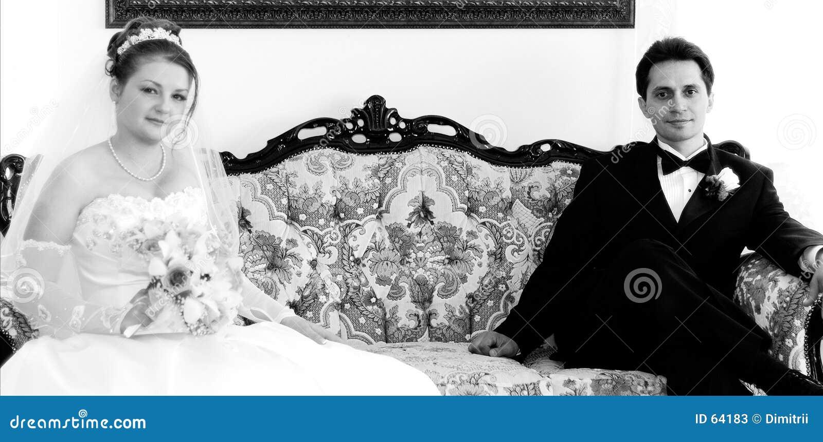 Groom кресла невесты