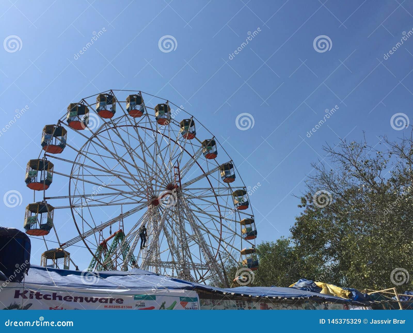 Groot wiel in het festival van Punjab