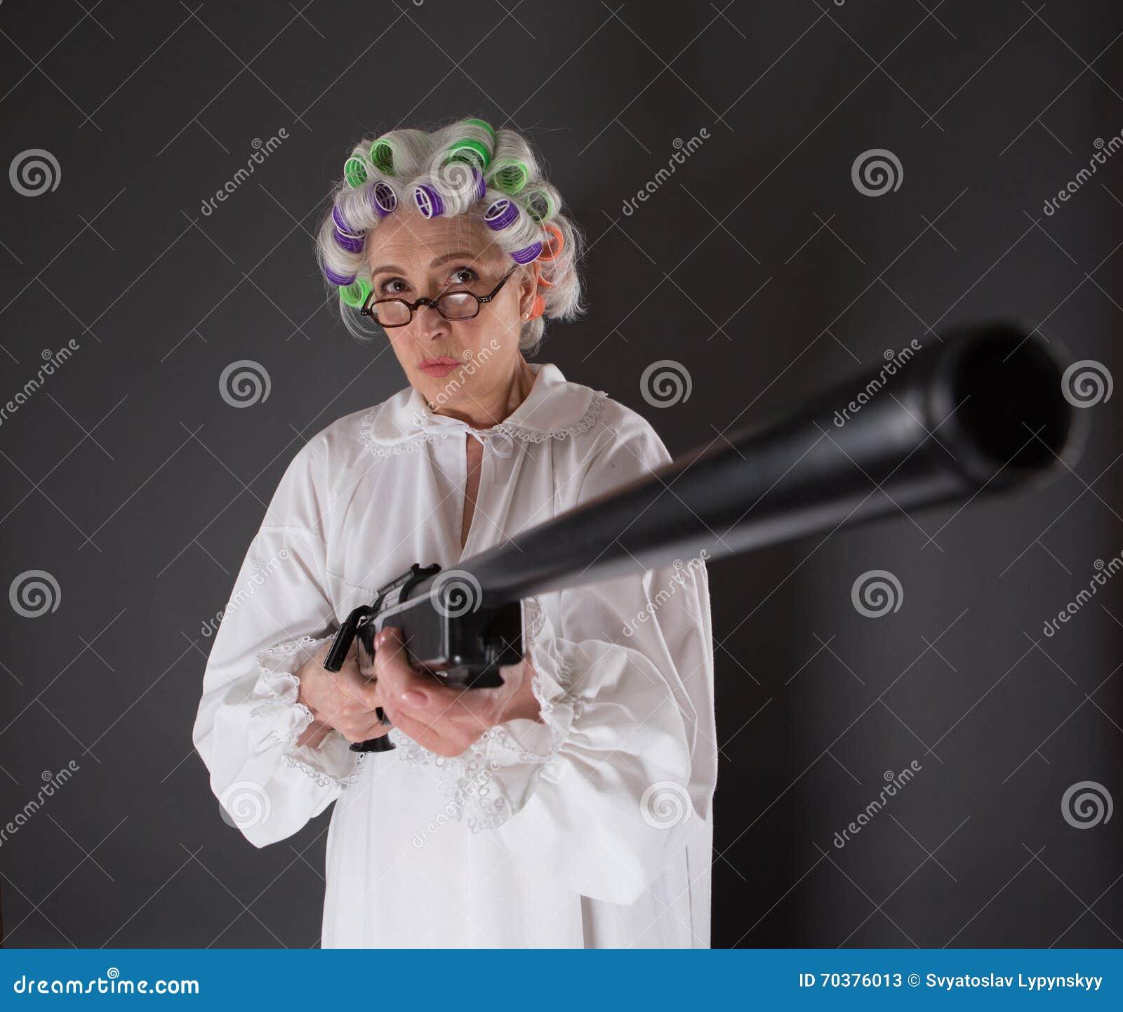 Grootmoeder in defensie