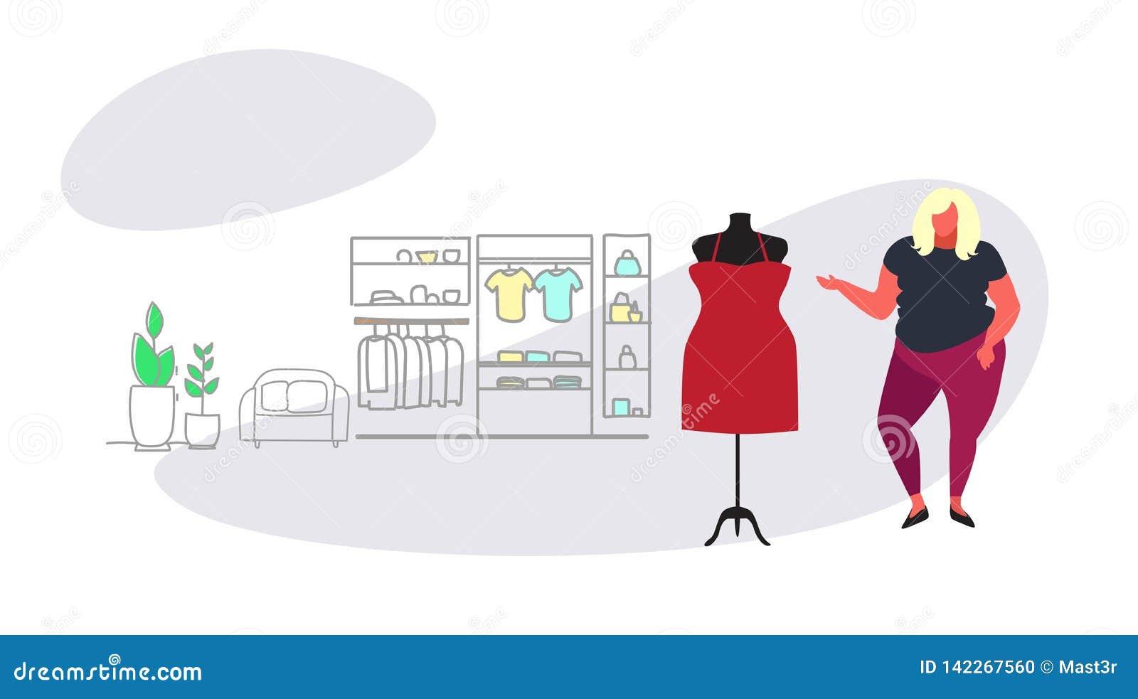 Grosse femme de poids excessif choisissant le nouveau magasin de mode de robe au-dessus de l écoulement intérieur femelle de croq