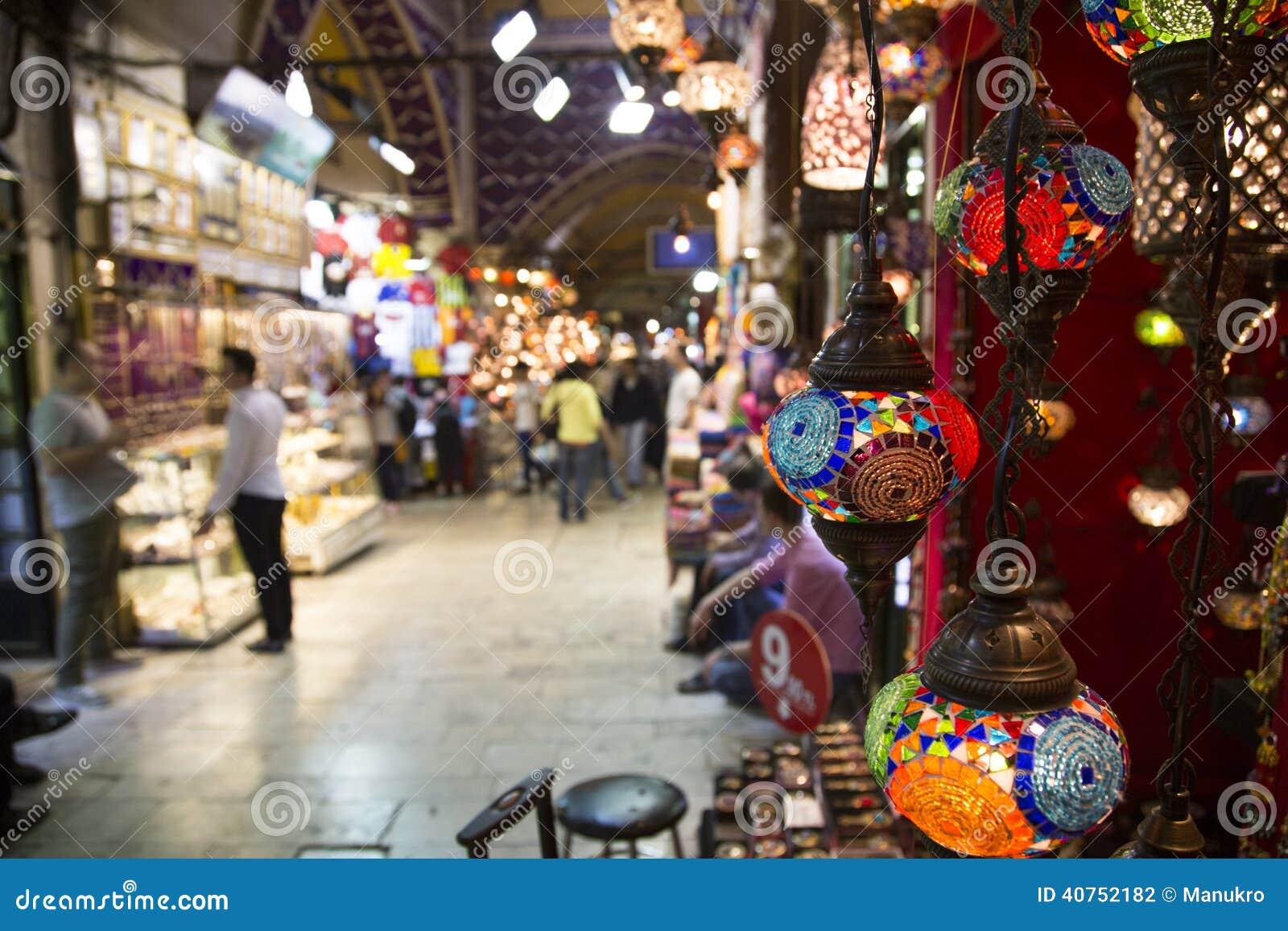 Grote Bazaar in Istanboel