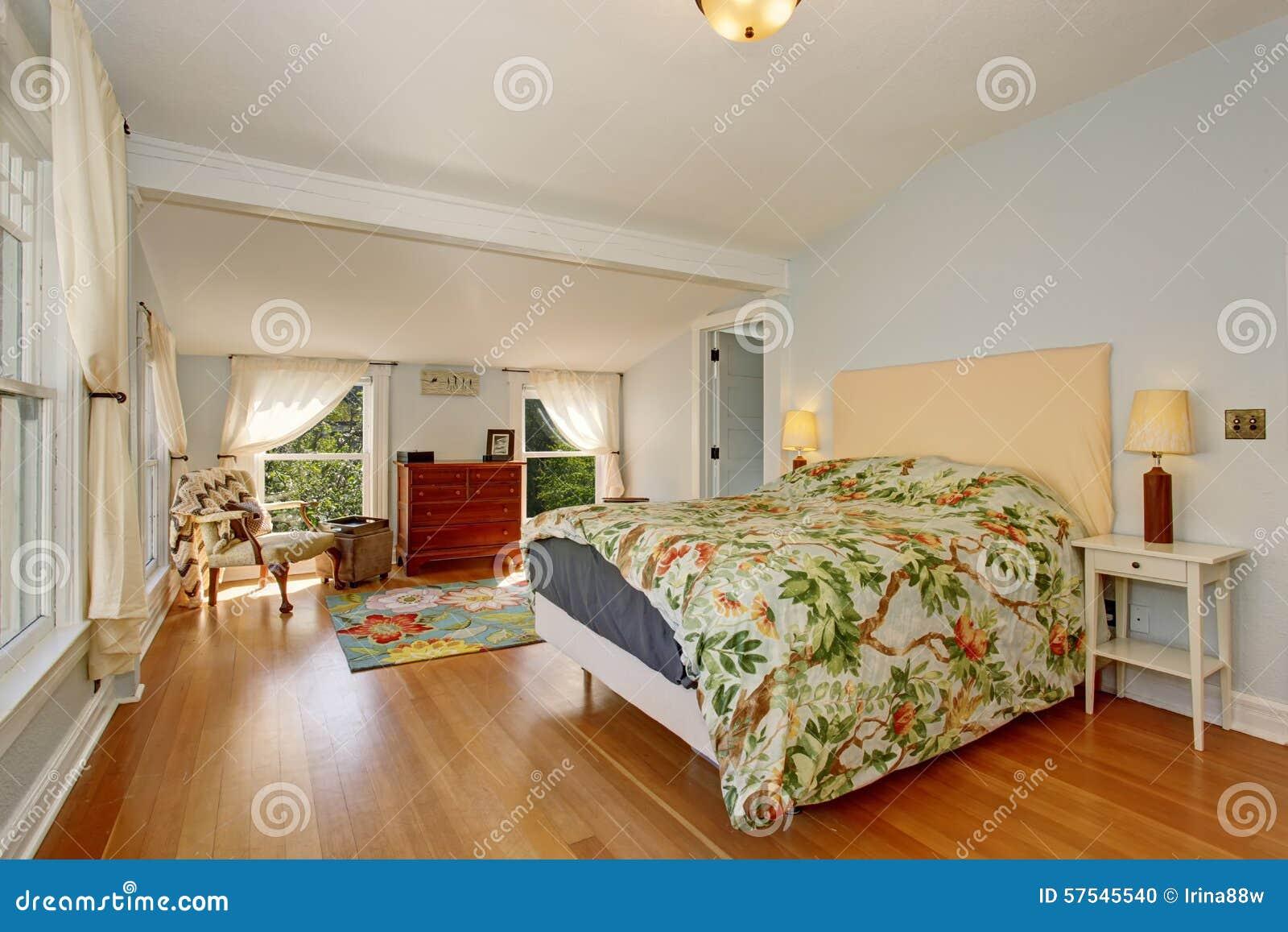 Slaapkamer Met Lichtblauwe Muren Stock Foto's– 17 Slaapkamer Met ...