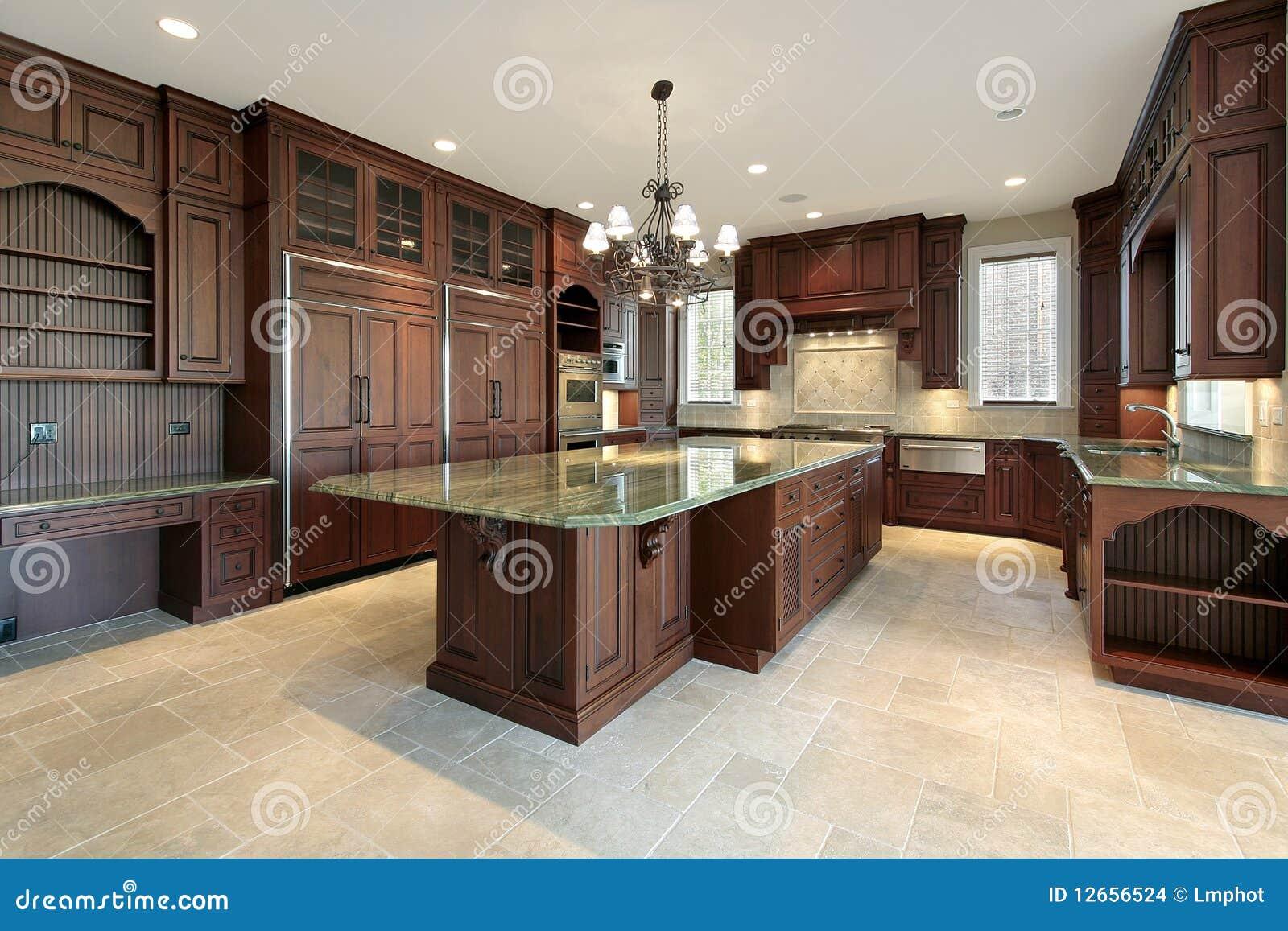 Grote keuken in nieuwe bouwhuis stock afbeeldingen afbeelding 12656524 - Keuken berghuisje ...